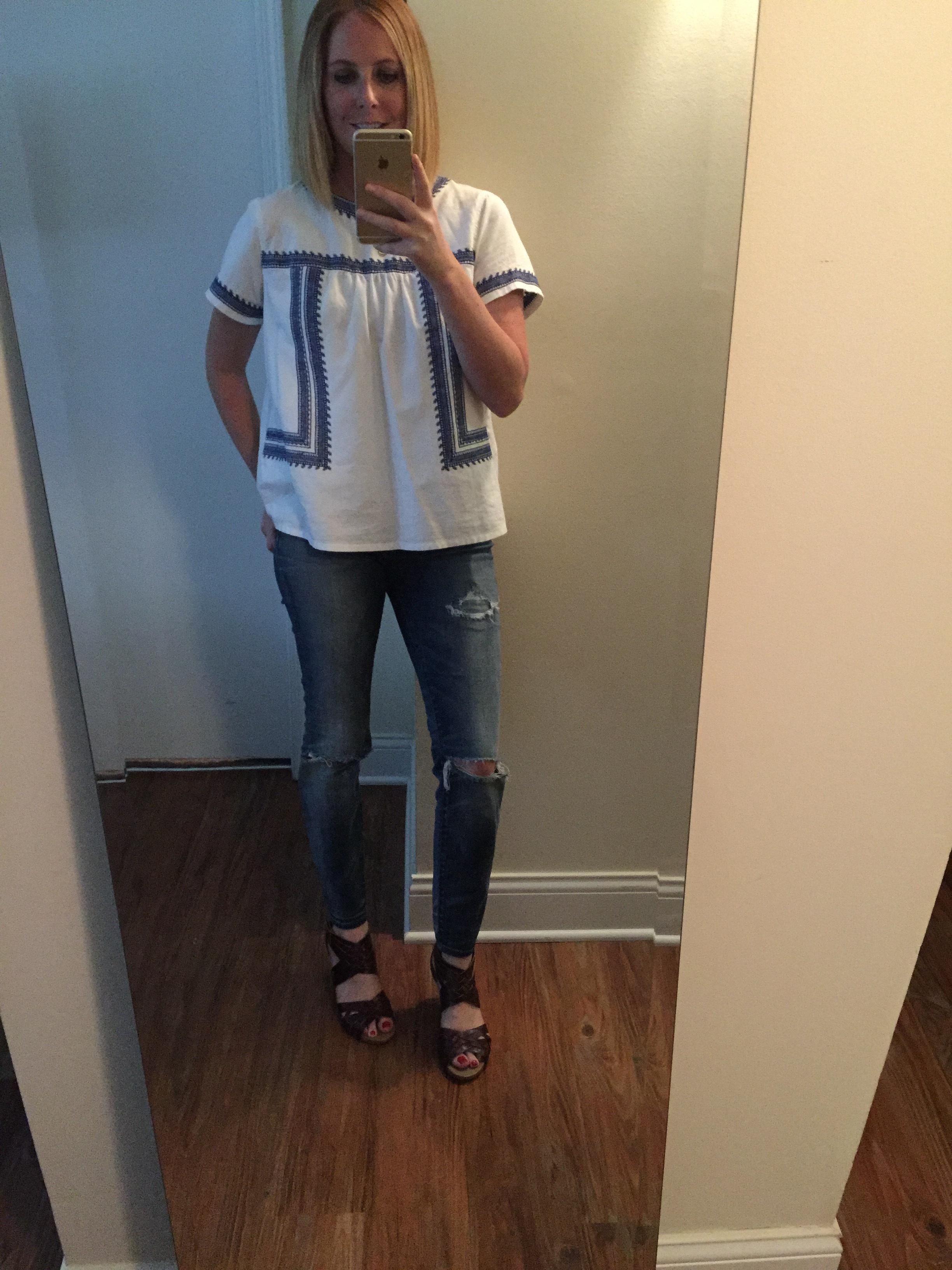 Top: Forever 21, Jeans:Madewell, High Riser Skinny , Sandals: Clarks