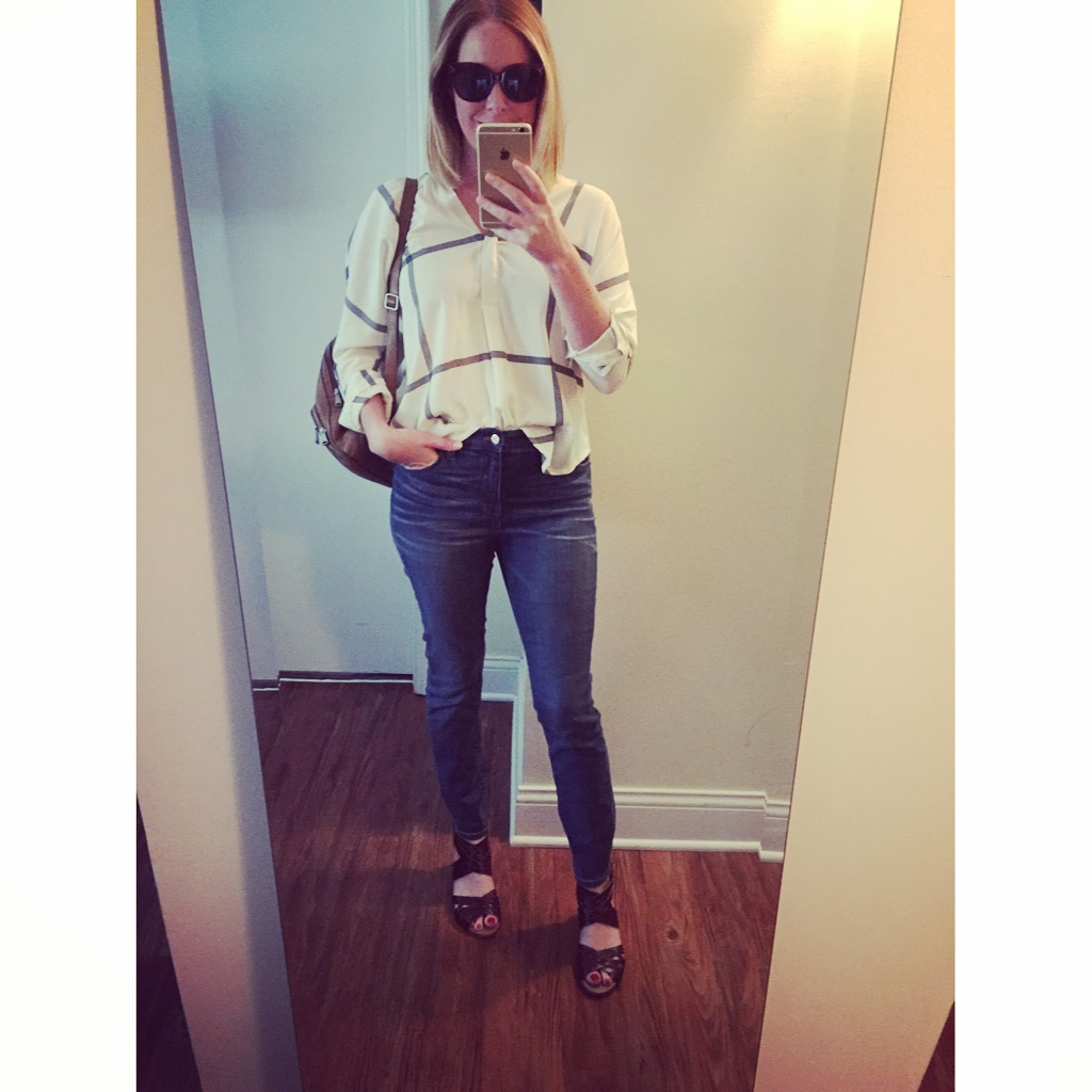 Top: Pinky Otto, Jeans:Madewell, High Riser Skinny in Atlantic Wash , Sandals: Clarks, Sunglasses:Sunglasses: Nordstrom, A.J. Morgan, 'Pristine' 55mm Oversized Sunglasses