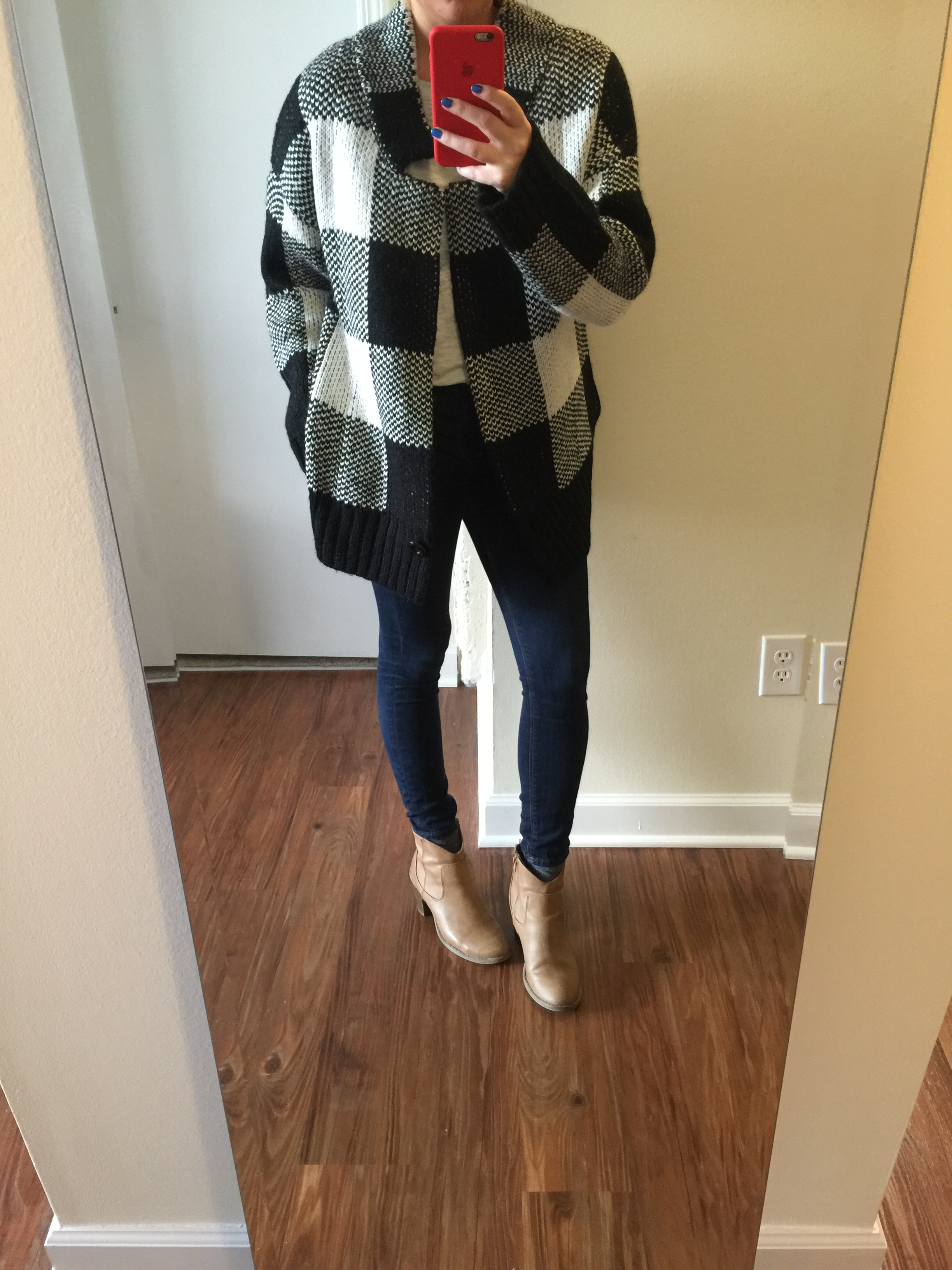Sweater: Nordstrom,  artee couture plaid cardigan , Jeans:  Solid Dark Mid Rise Jean Legging , Boots: Old Navy