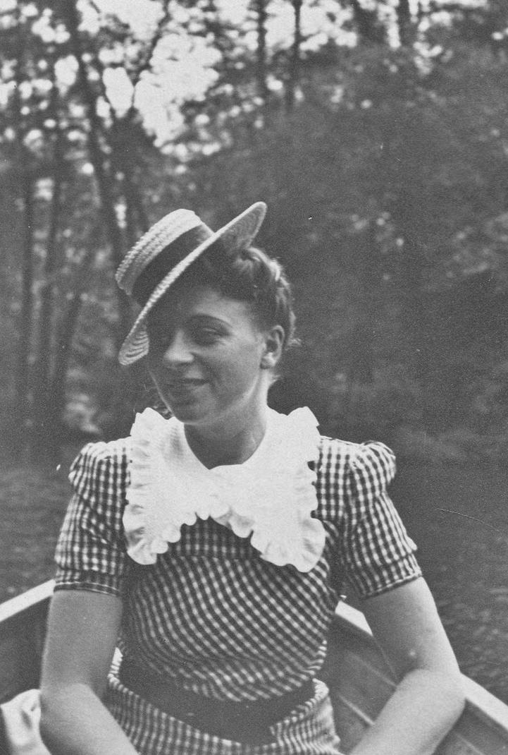044_Scotts_1935-1942.jpg