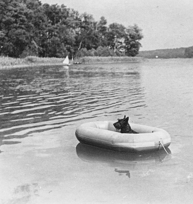 070_Scotts_1935-1942.jpg