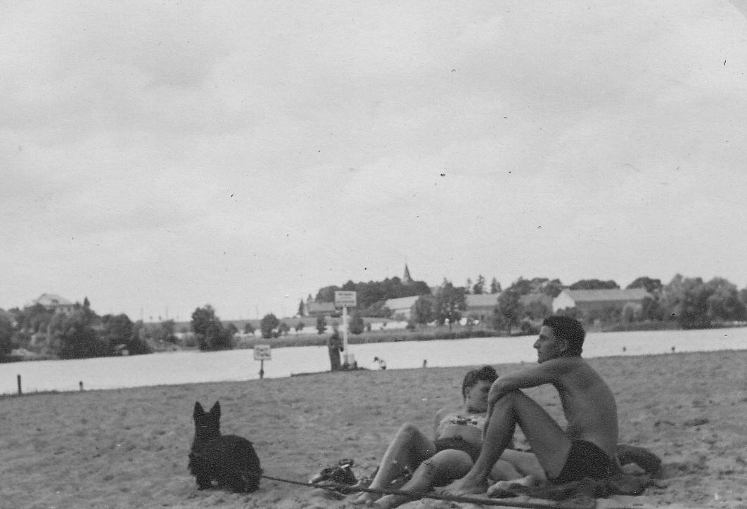 081_Scotts_1935-1942.jpg