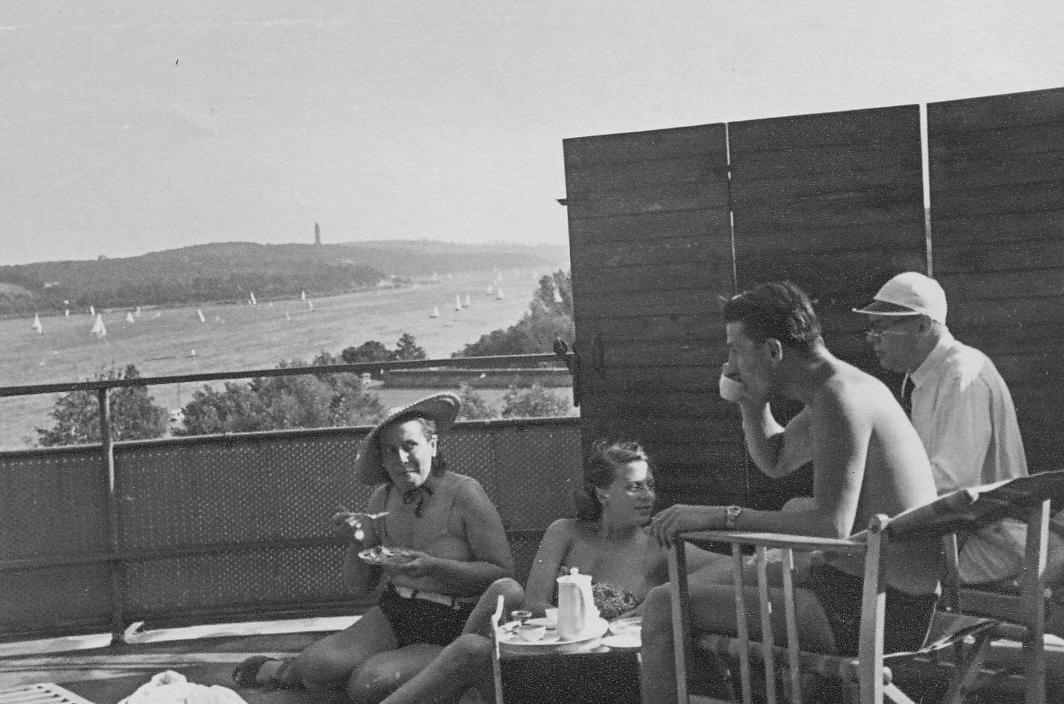091_Scotts_1935-1942.jpg