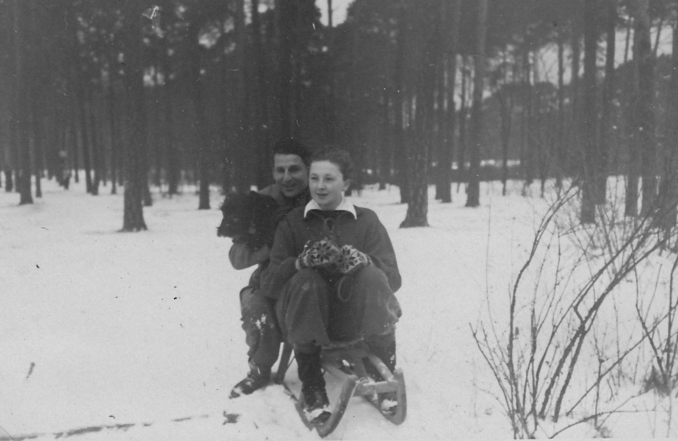 133_Scotts_1935-1942.jpg