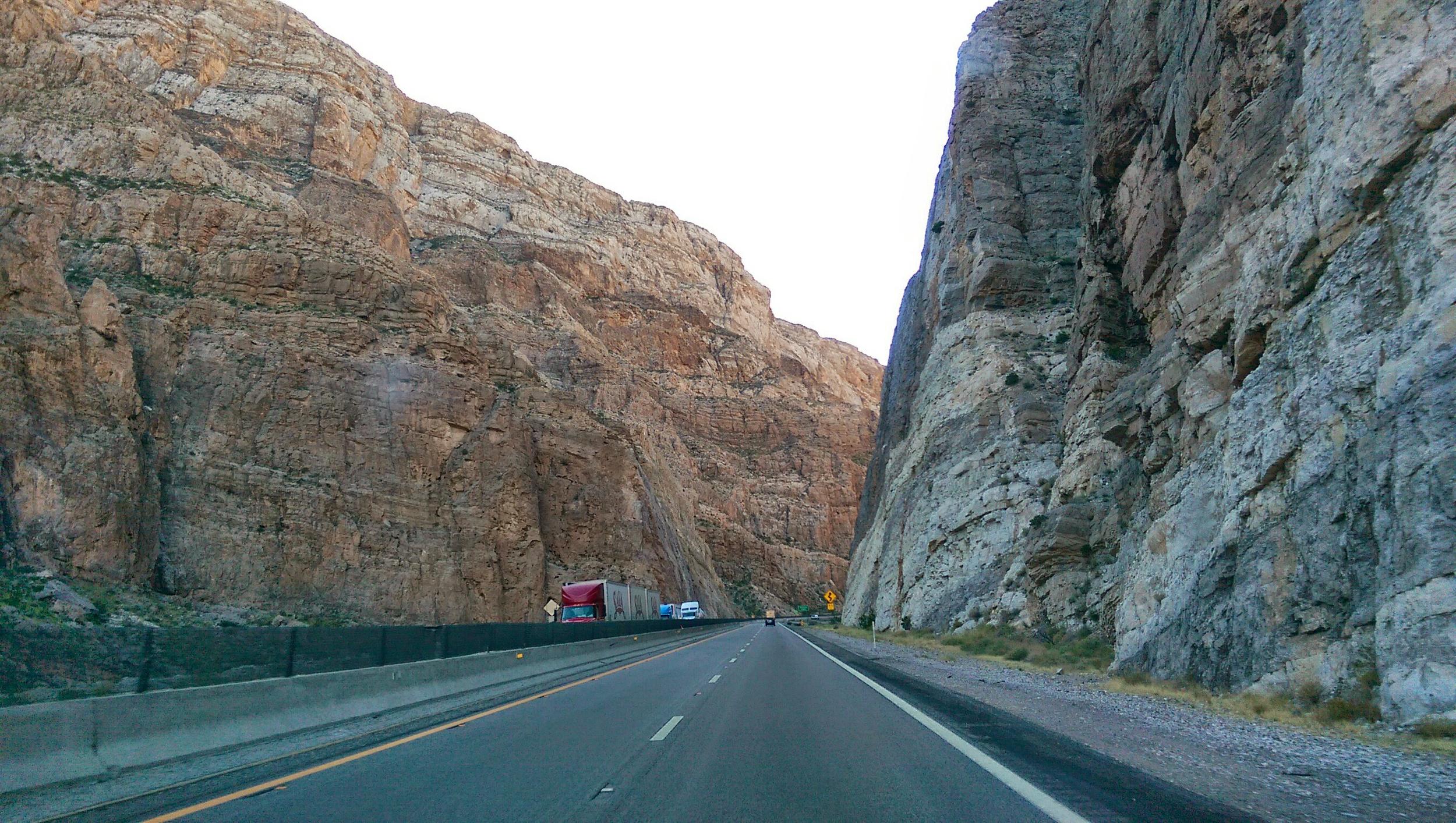 Gorgeous canyon drive in Arizona!