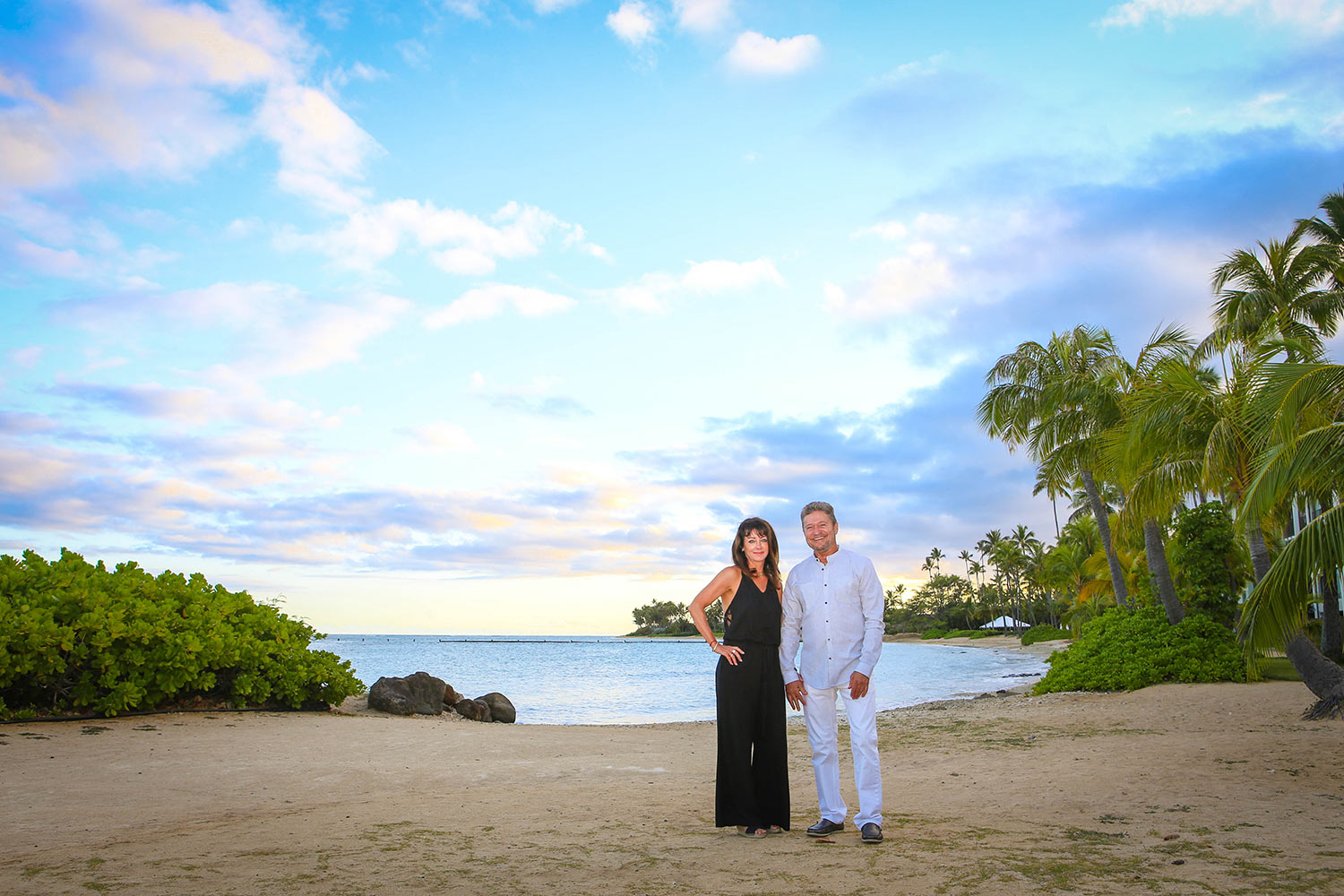 couple-photorapher-honolulu-silver.jpg
