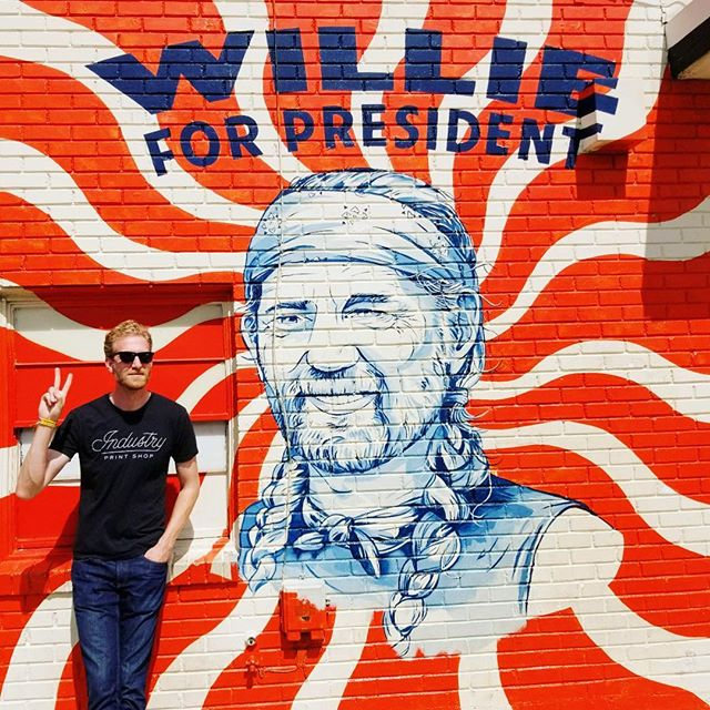 Politics as usual // #vote #atx #texas #austin #mural #willienelson #wondersouth