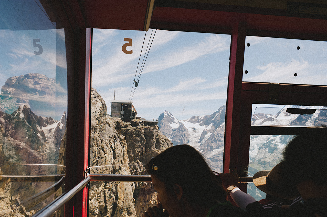 Cable car down from Schilthorn to Birg