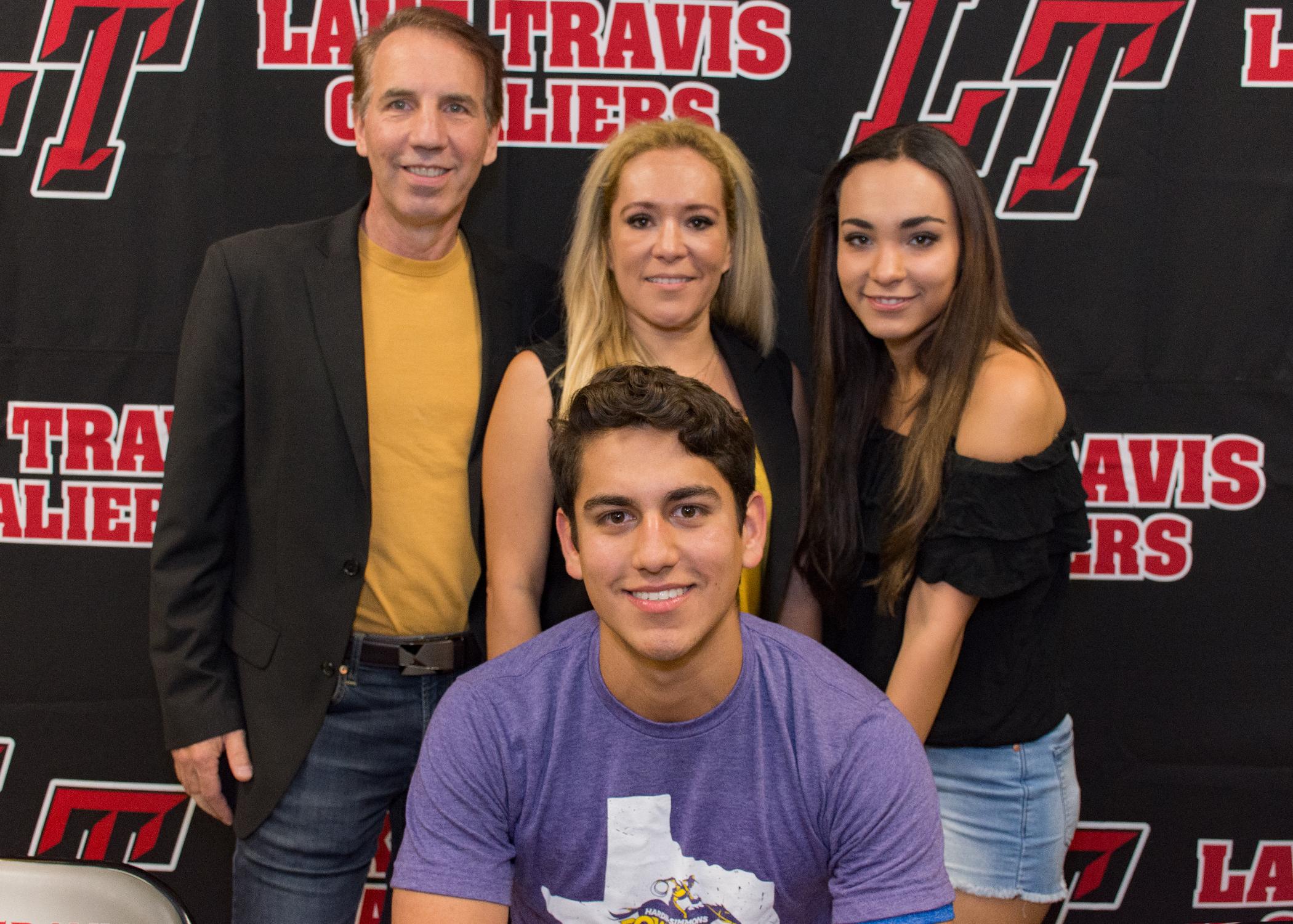 Angel Martinez Palomo family.jpg