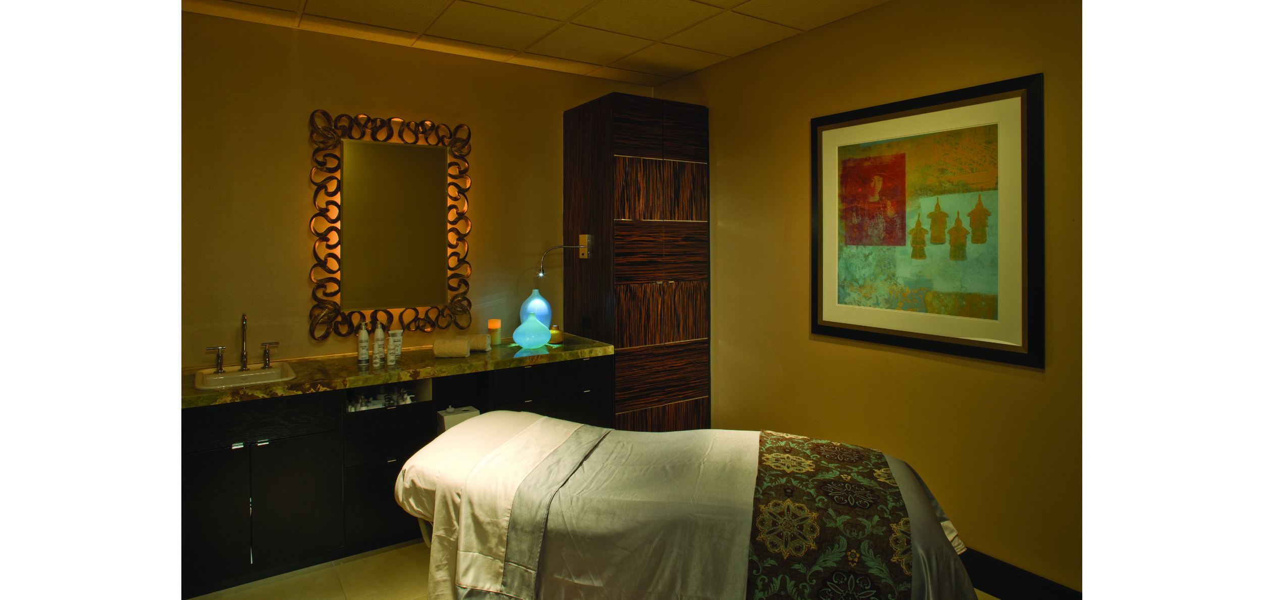 V spa Treatment Room