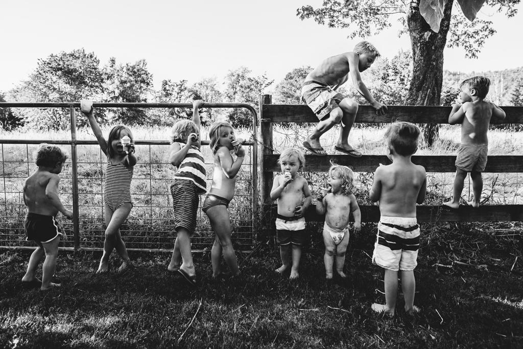 kids fence ice cream-1.jpg