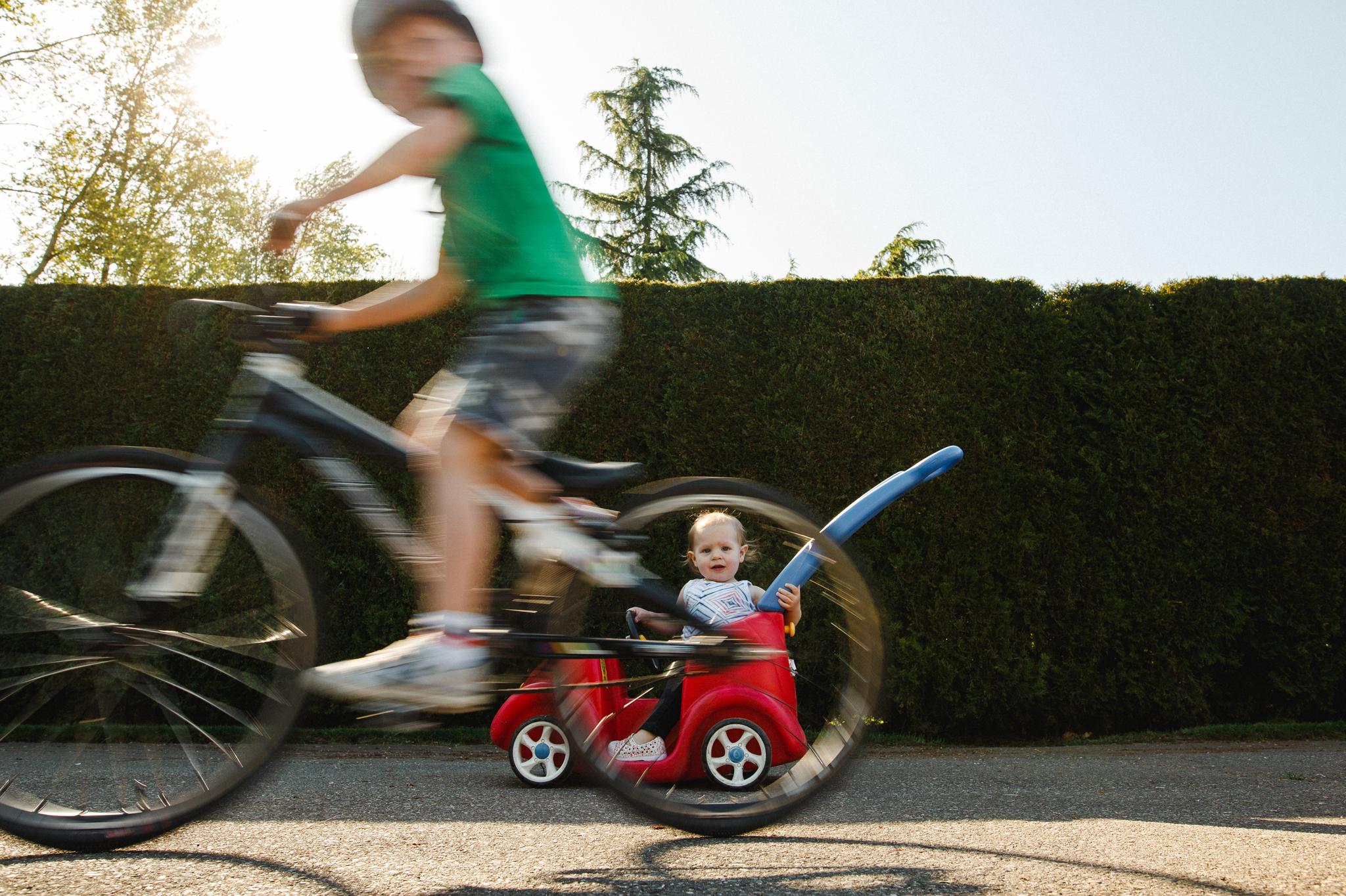 Pepper in push car atti blurry on bike-1.jpg