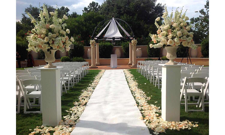 Wedding Ceremony: Portofino Bay Hotel | Wedding Planner: Just Mary!