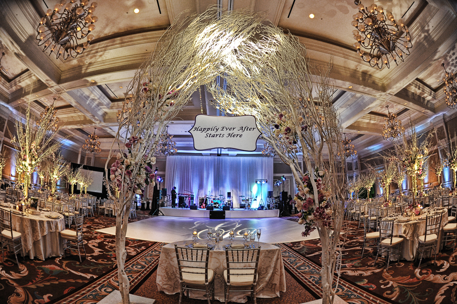 Wedding Photography: Damon Tucci | Wedding Reception: Waldorf Astoria Orlando | Wedding Planner: Wonderful Wedding
