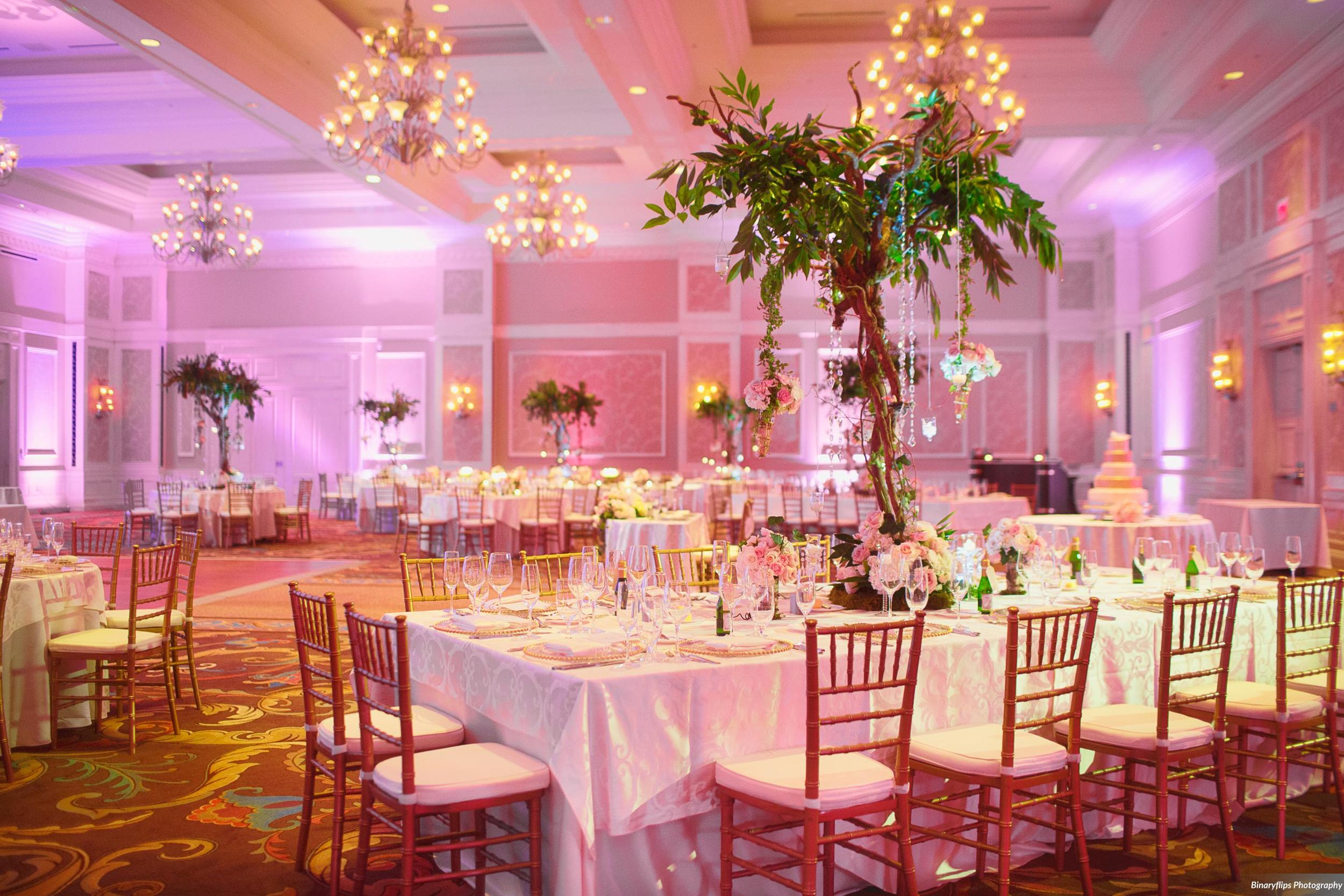 Wedding Photography: Binaryflips | Wedding Reception: Waldorf Astoria Orlando