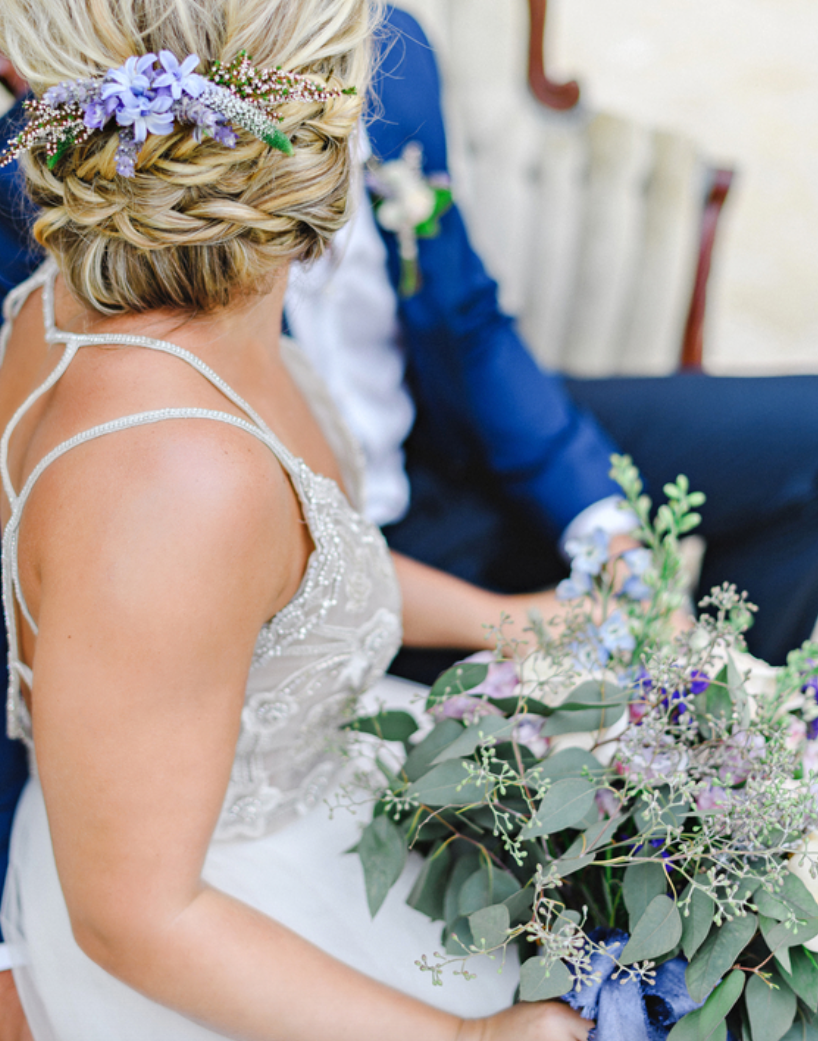 Photo Credit: Kristen Weaver Photography  There are times hair floral accents are all you need.
