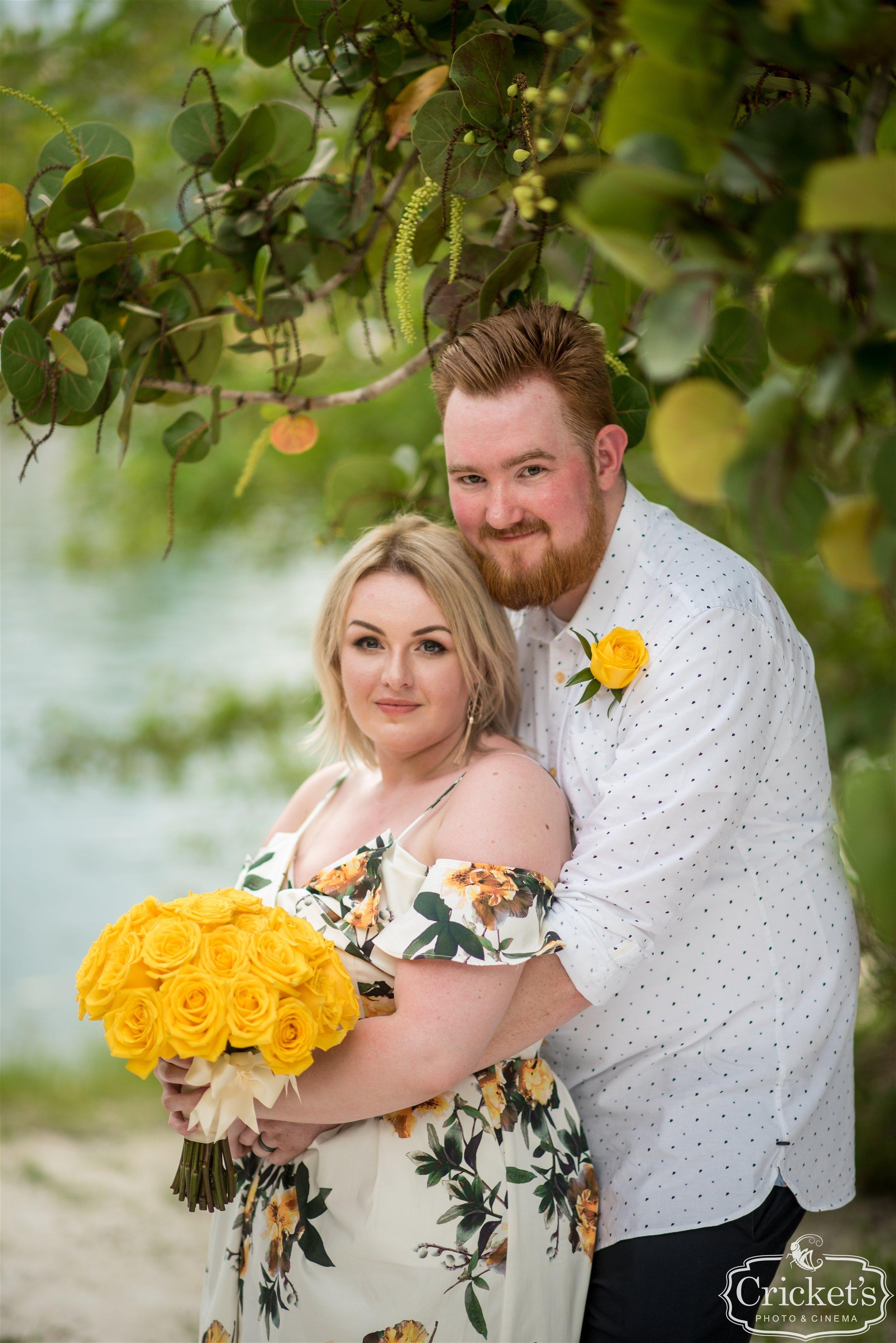 Wedding Photographer:  Cricket's Photo & Cinema |