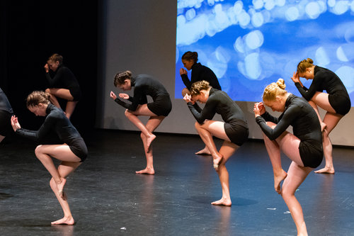 OPAL- Intermediate 2 Contemporary (12-14 years) - $450/yearContemporary dance is a style of expressive dance that combines elements of several dance genres including modern, jazz, lyrical and classical ballet. Contemporary dancers strive to connect the mind and the body through fluid dance movements.Every Saturday from 4:00-5:00 pmDiva Fitness & Pilates Studio15141 Russell AvenueWhite Rock, BCInstructor: Ms. Mikela Vuorensivu