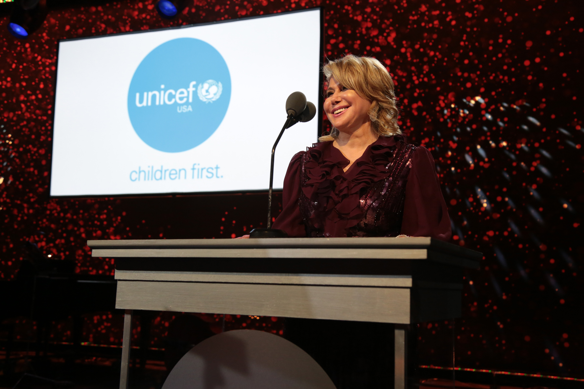 UNICEF USA National Board Member and UNICEF Ball Founding Chair, Ghada Irani, speaks at the Seventh Biennial UNICEF Ball: Los Angeles on April 14, 2018 (Photo by Alex Berliner for UNICEF USA)