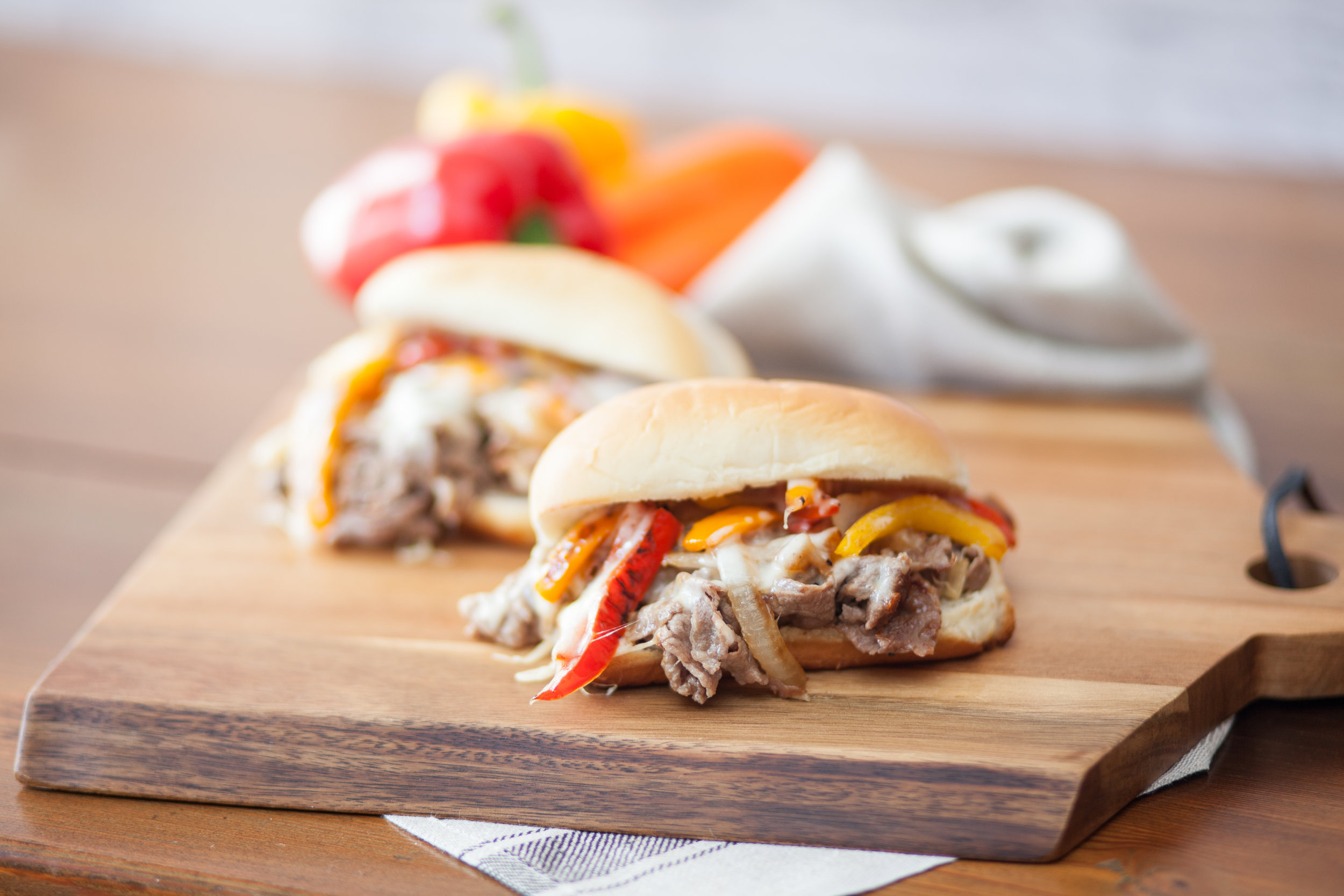 Top Tailgating Recipes - A good tailgate party sets the mood for the whole viewing experience and is a great opportunity to chillax with your friends. So while everyone else is grilling lame regular hot dogs and hamburgers, you can host something a little extra with these Top Tailgate Recipes.