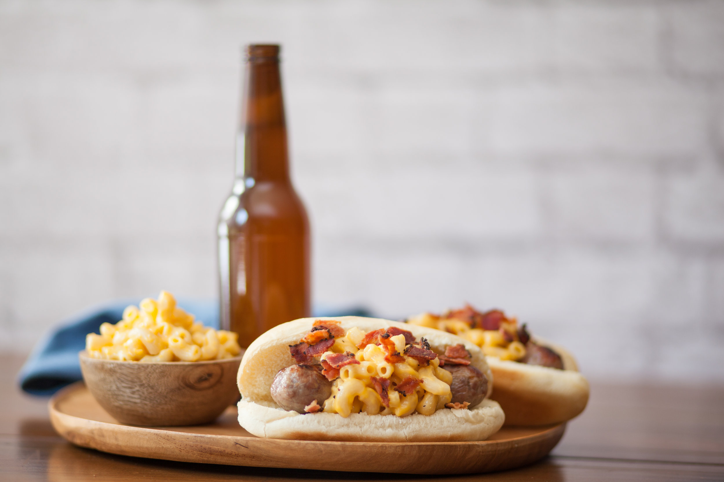 1. Bacon Mac 'N' Cheese Brats - The epitome of cheesy Midwest comfort foods, mac 'n cheese, meets a tailgating staple. To recreate this savory snack, all you have to do is pile your favorite mac 'n cheese recipe onto a Johnsonville Brat and Stadium Bun.