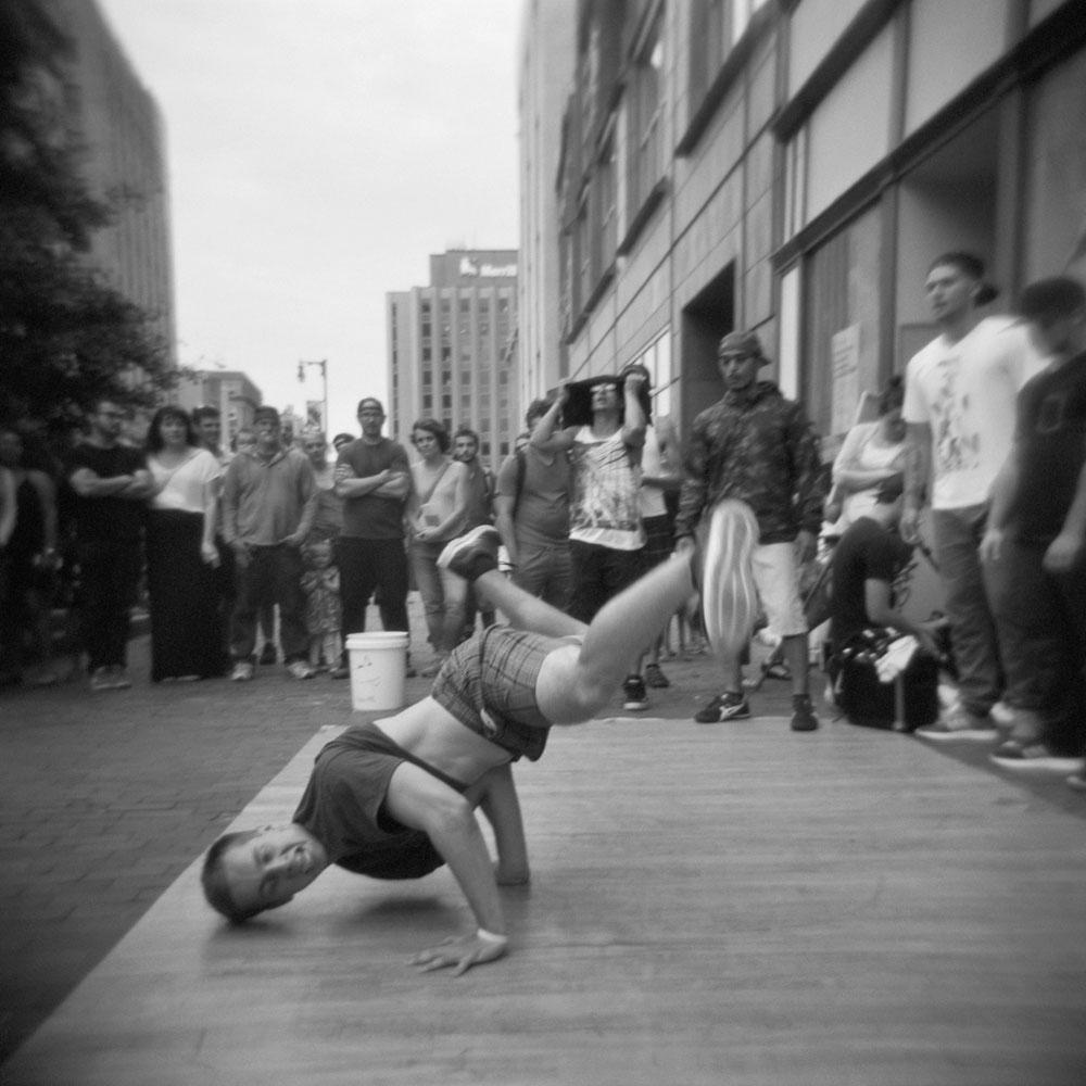 RecentWork-Square-breakdancer.jpg