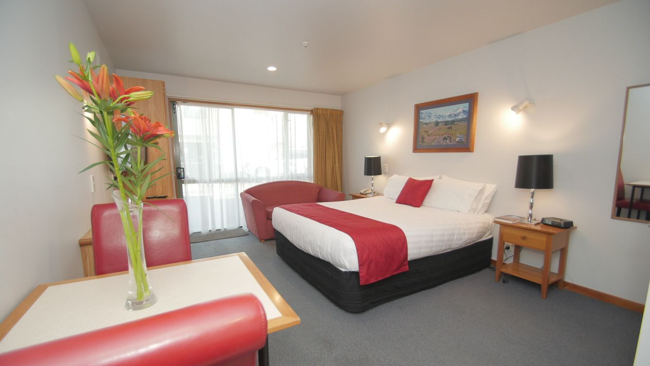 Quality Accommodation   Style, Comfort, Value   Explore