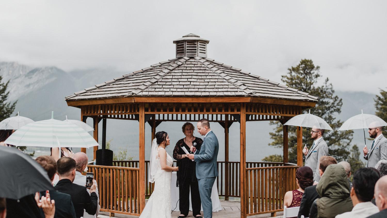 Canmore_Wedding_Photographers_Silvertip_JimandNikki12.jpg