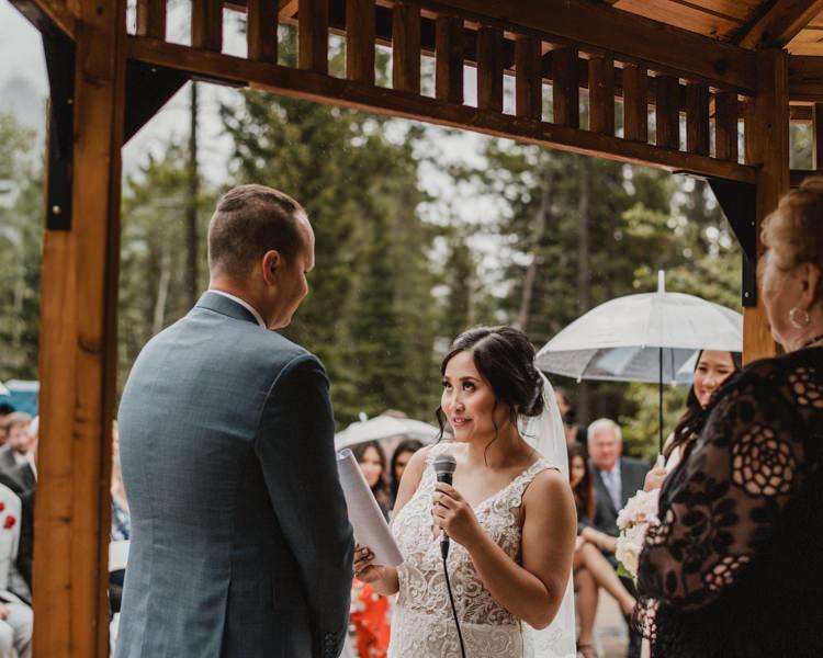 Canmore_Wedding_Photographers_Silvertip_JimandNikki15.jpg