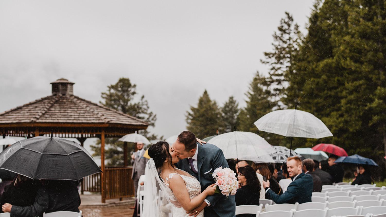 Canmore_Wedding_Photographers_Silvertip_JimandNikki18.jpg