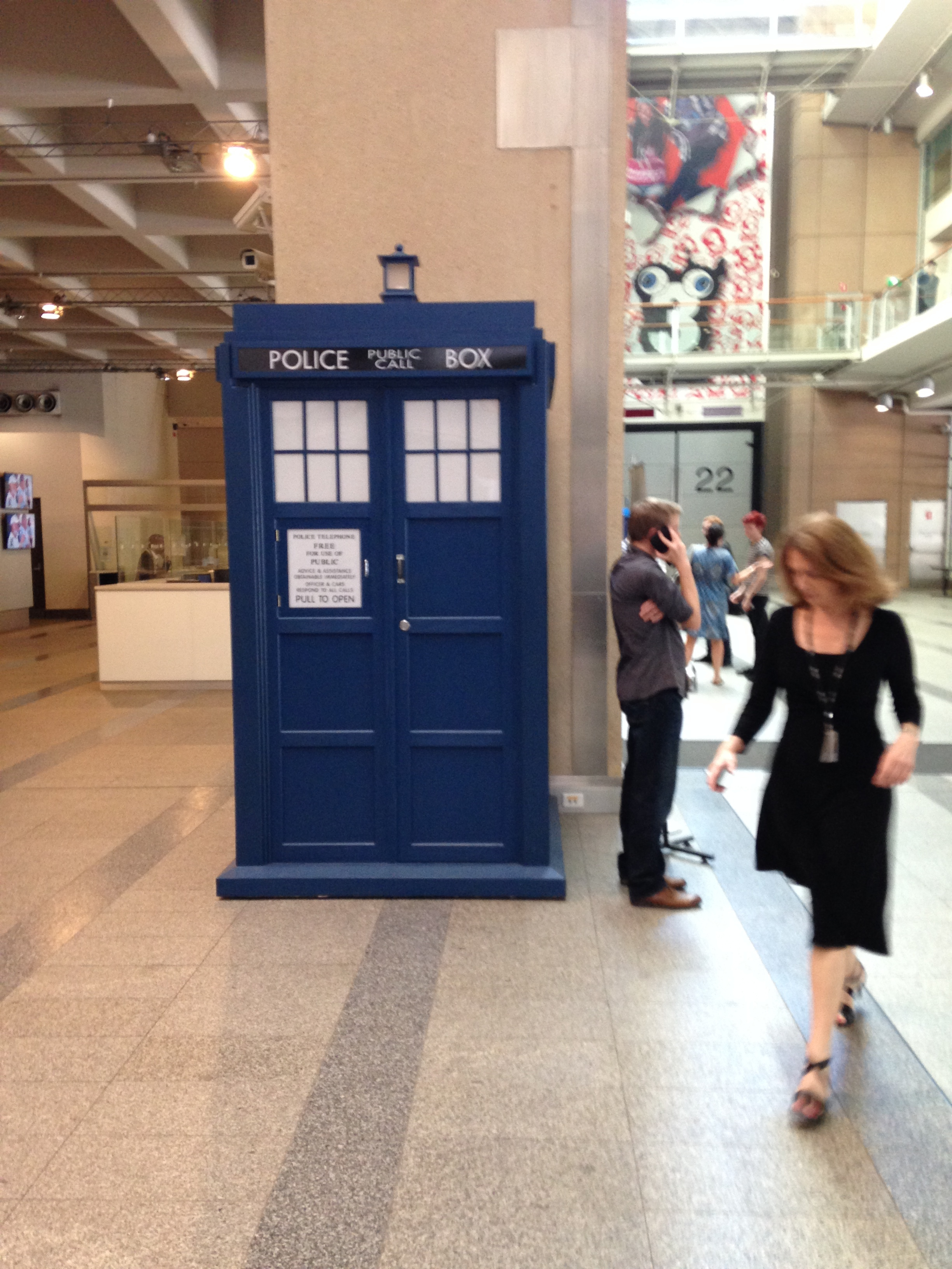 No, not in this Tardis - seen in ABC lobby and photographed to impress my 10 y.o. daughter 'Dr Who' fan.