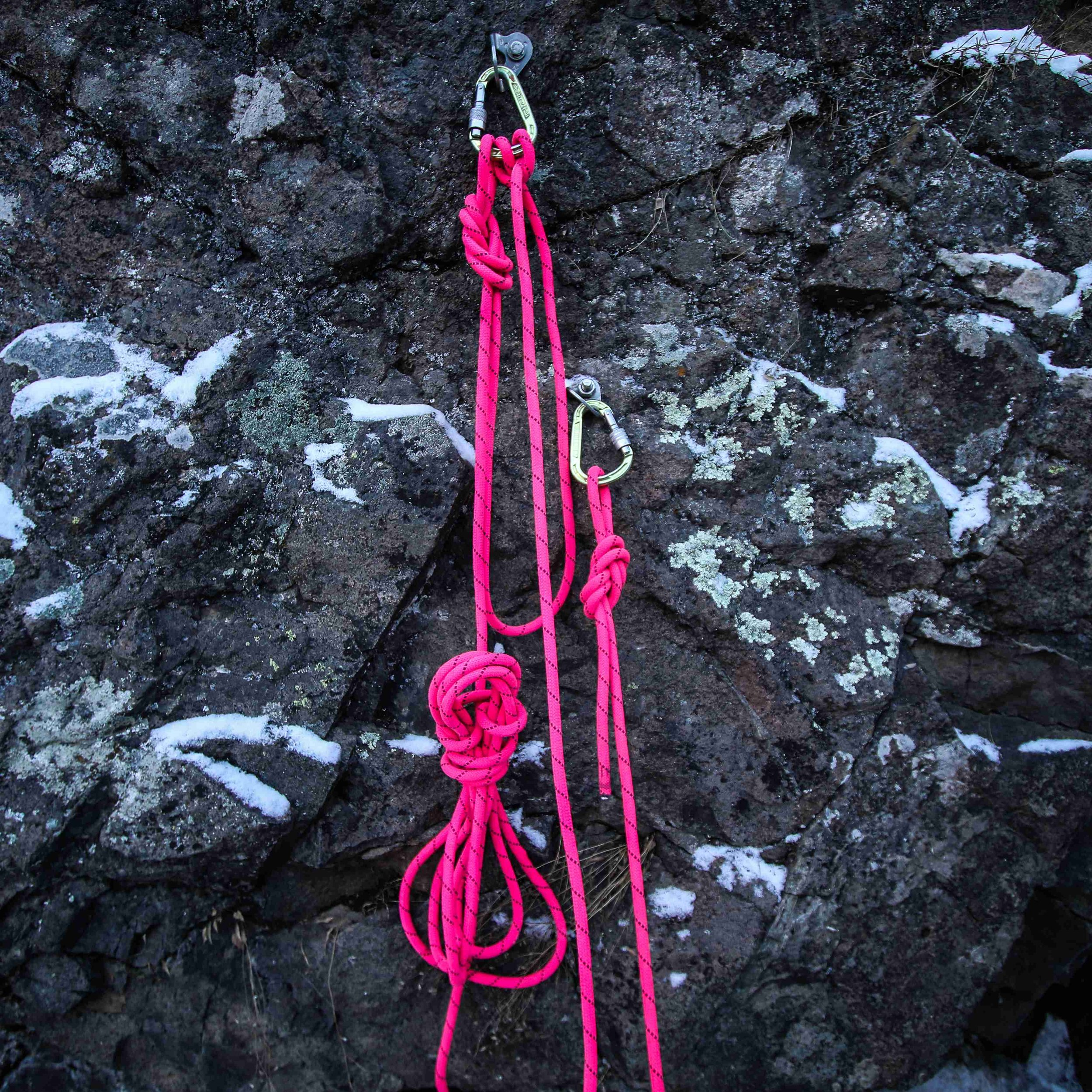 10. Tidy up the remaining rope in a hanging coil. -