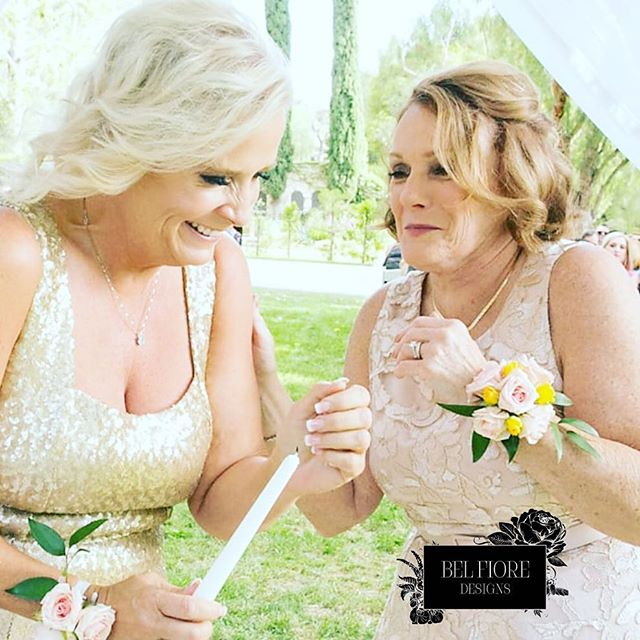 Here's to the women in our lives that light our way.  @joebuissink #happiness #women ##BelFioreDesigns #BelFioreDesignsFloral #BelFioreDeisgnsBrides #honor #ritual