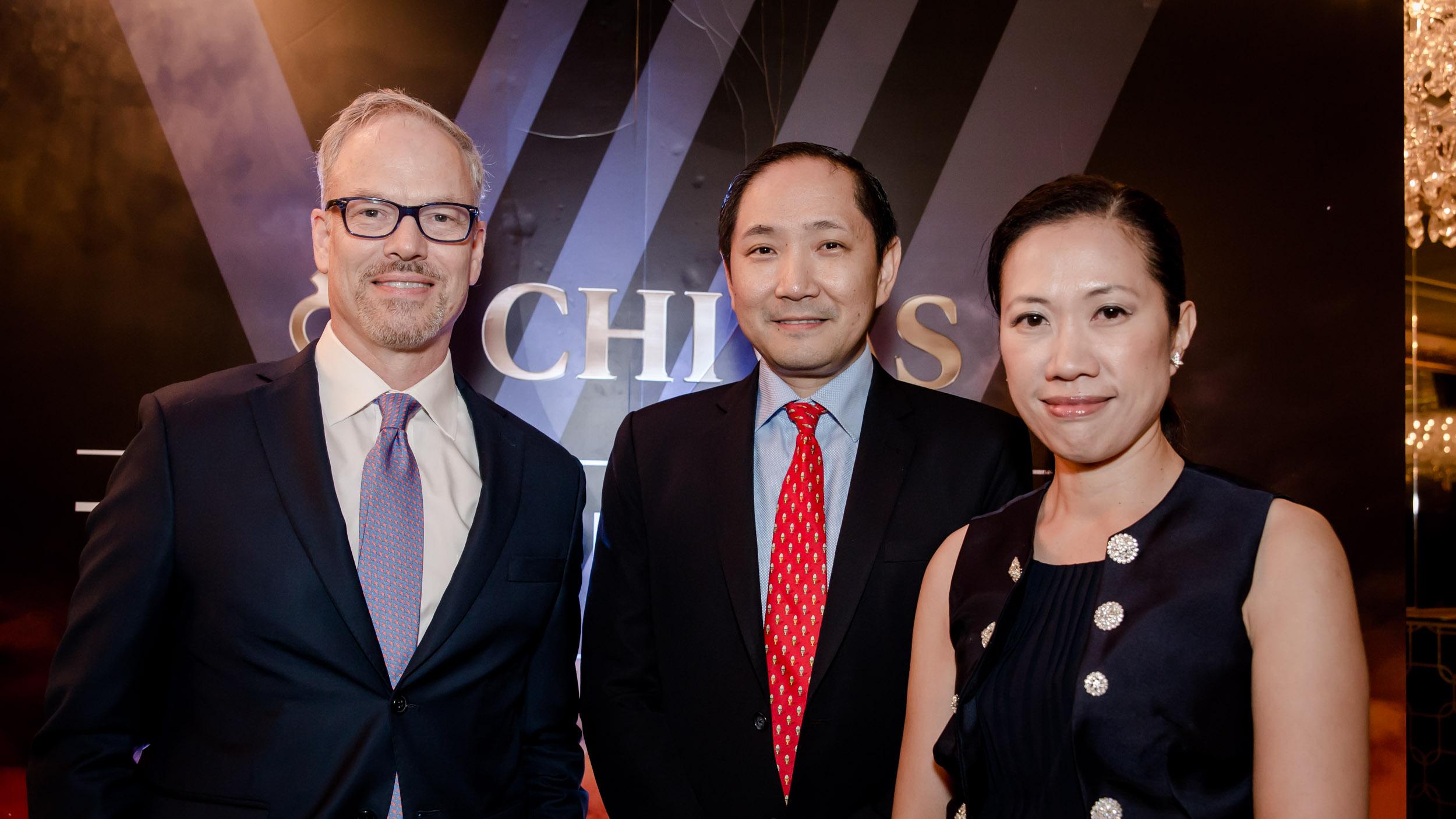 Scott Lawson of SOW Asia, Philo Alto of AVA, and Doris Leung of Diamond Cab