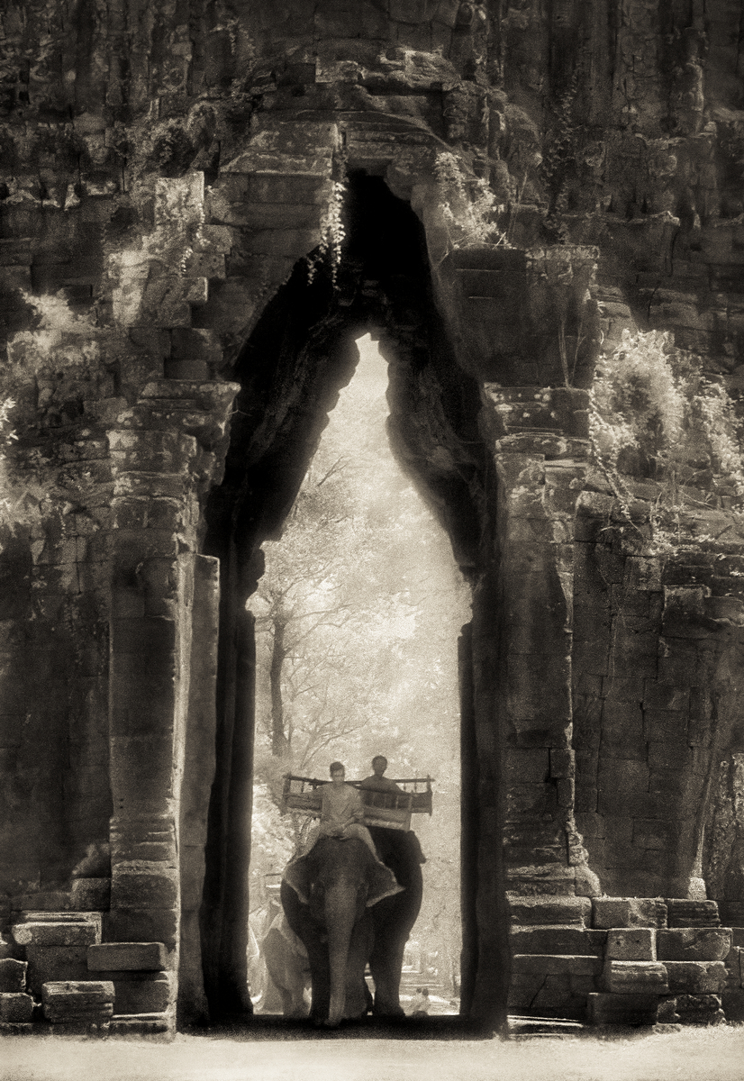 John-Mcdermott-Elephants-at-the-Gate-Angkor-Thom.JPG
