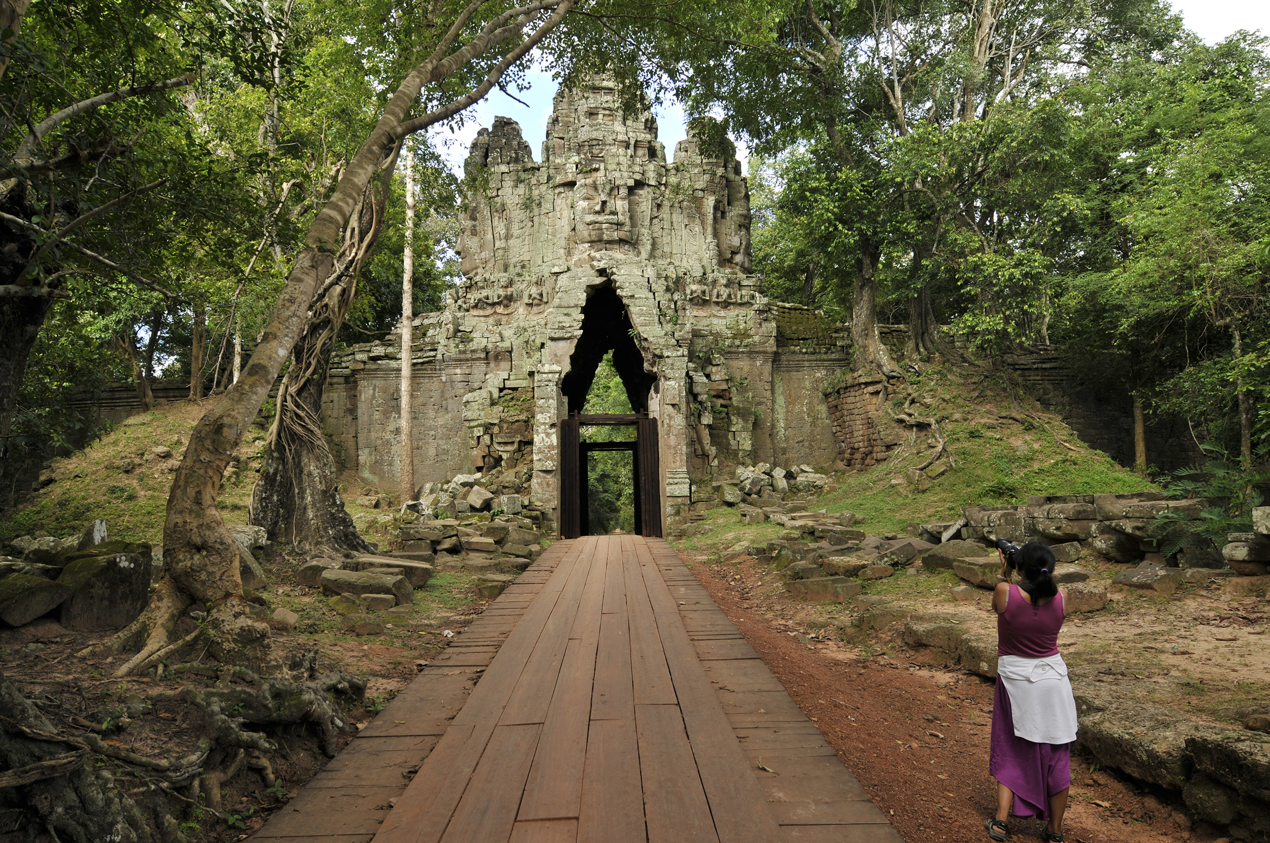 John McDermott Angkor Tours 4.JPG