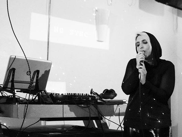 I had a blast performing in Denver 🖤 📸: @bluhartkopp