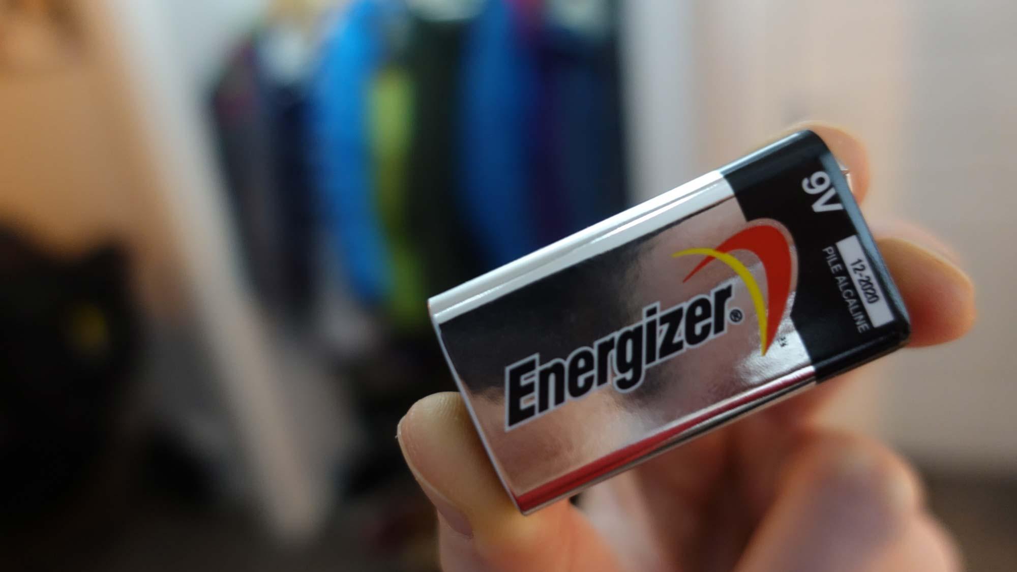 9-volts-batteri-brannfare.jpg