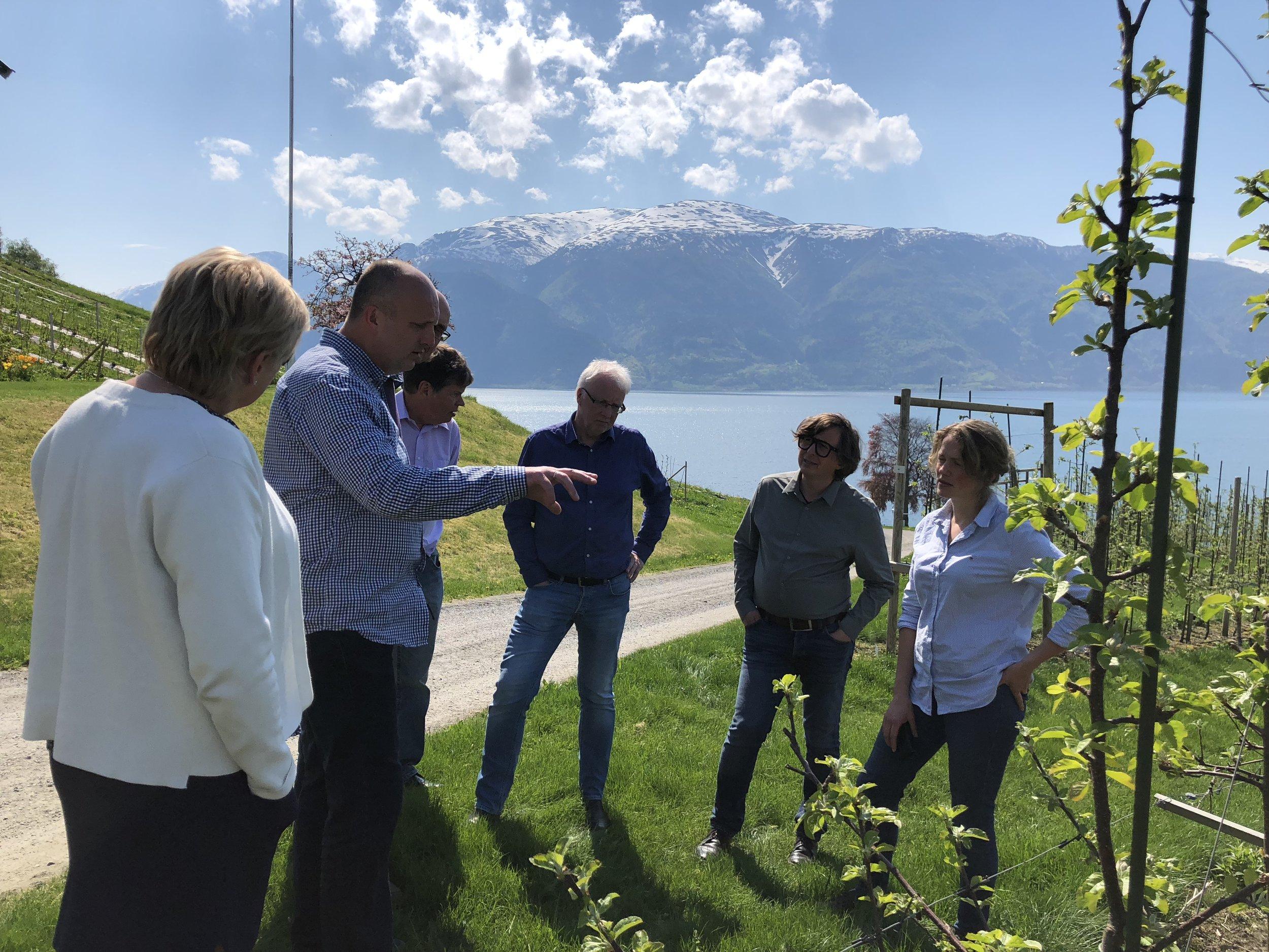Prosjektgruppa på besøk på Njøs Næringsutvikling.