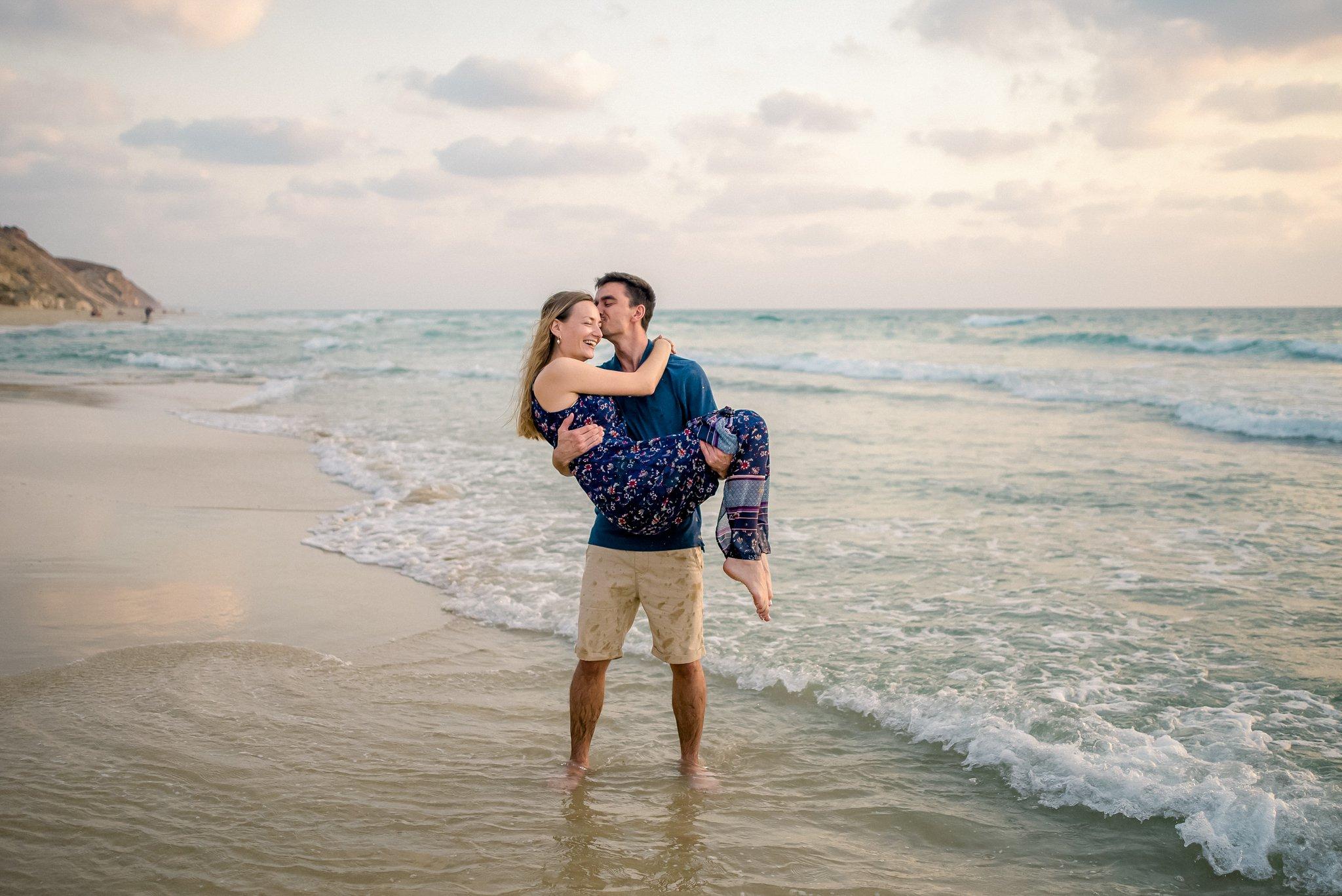 Netanya-israel-beach-engagement-session-kate-giryes-photography-3882_WEB.jpg