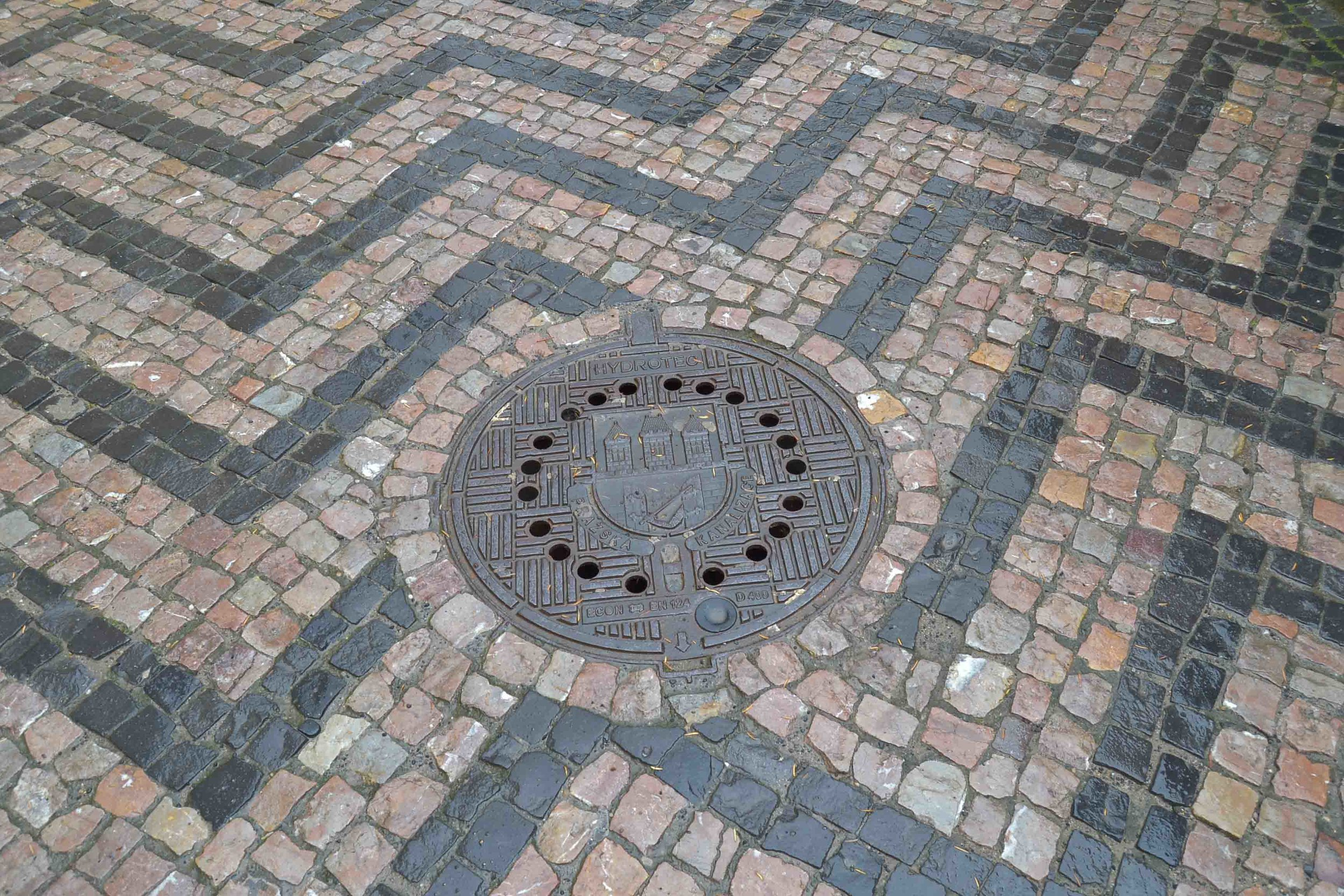 Even the manholes are beautiful!