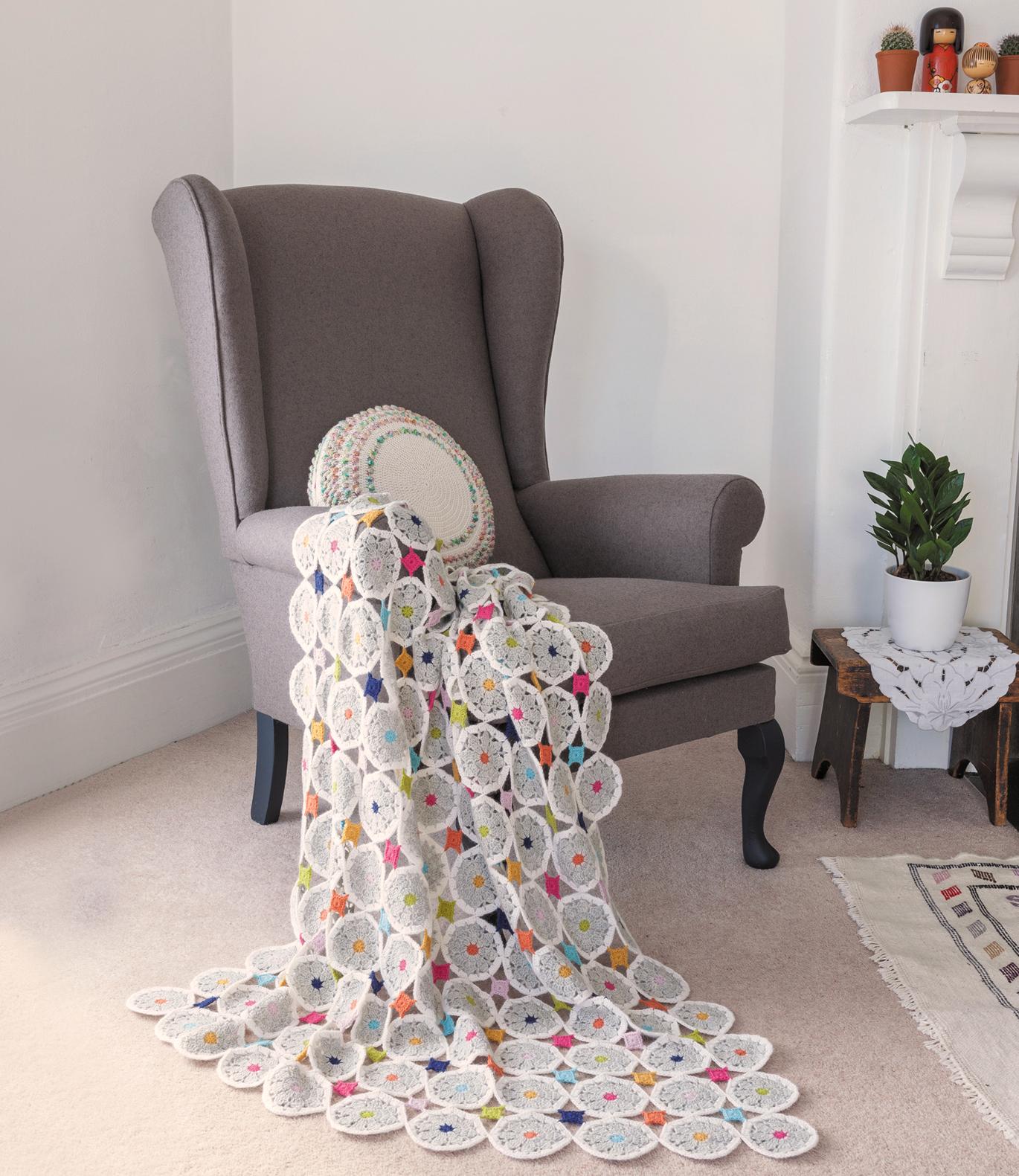 Daisy Dot Lap Blanket from Crochet Home by Emma Lamb