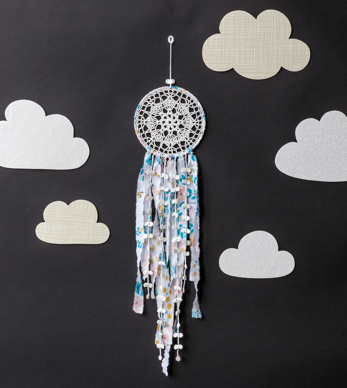 Day Dreamer Dreacatcher from Crochet Home by Emma Lamb
