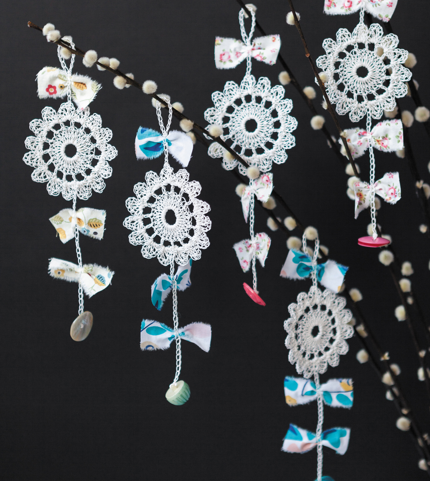 Paper Flower Charms from Crochet Home by Emma Lamb | Crochet designs and styling by Emma Lamb / Photography by Jason M Jenkins
