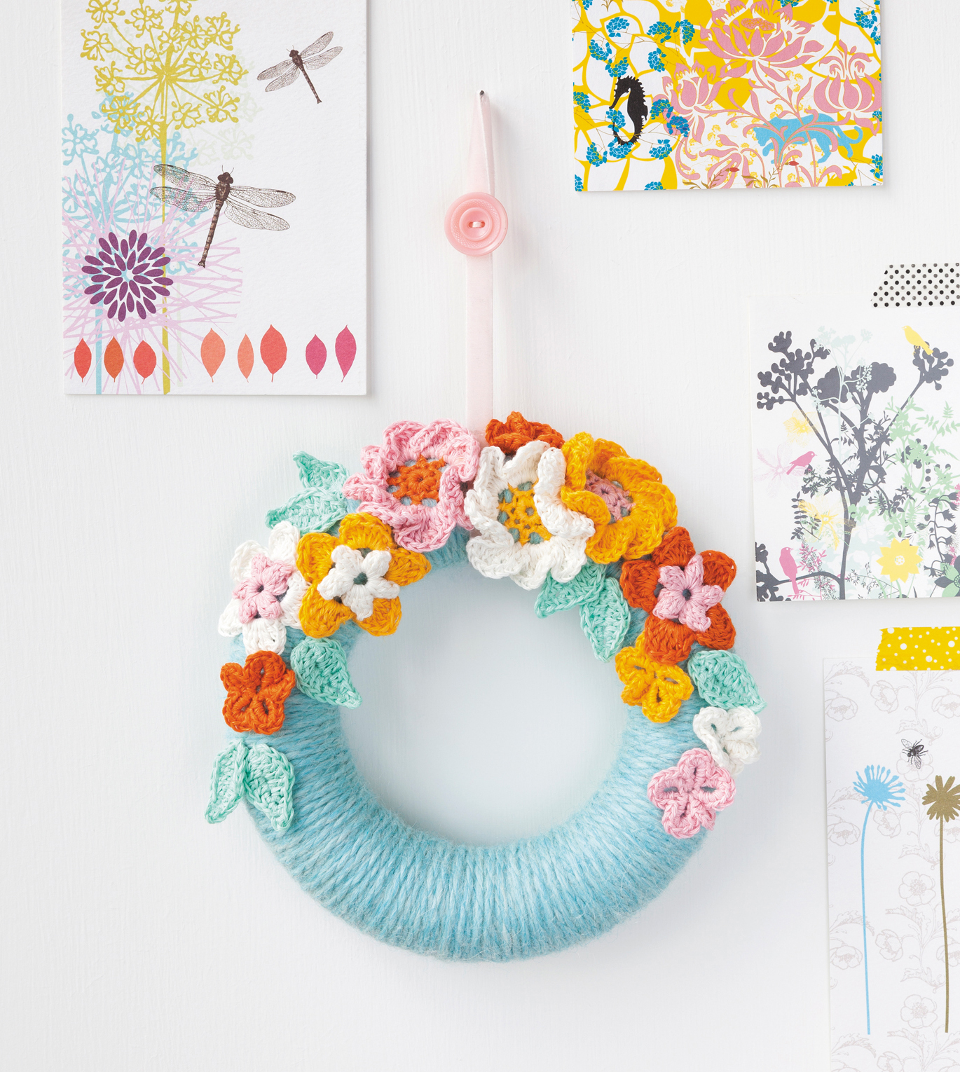Blossom Wreath from Crochet Home by Emma Lamb | Crochet designs and styling by Emma Lamb / Photography by Jason M Jenkins