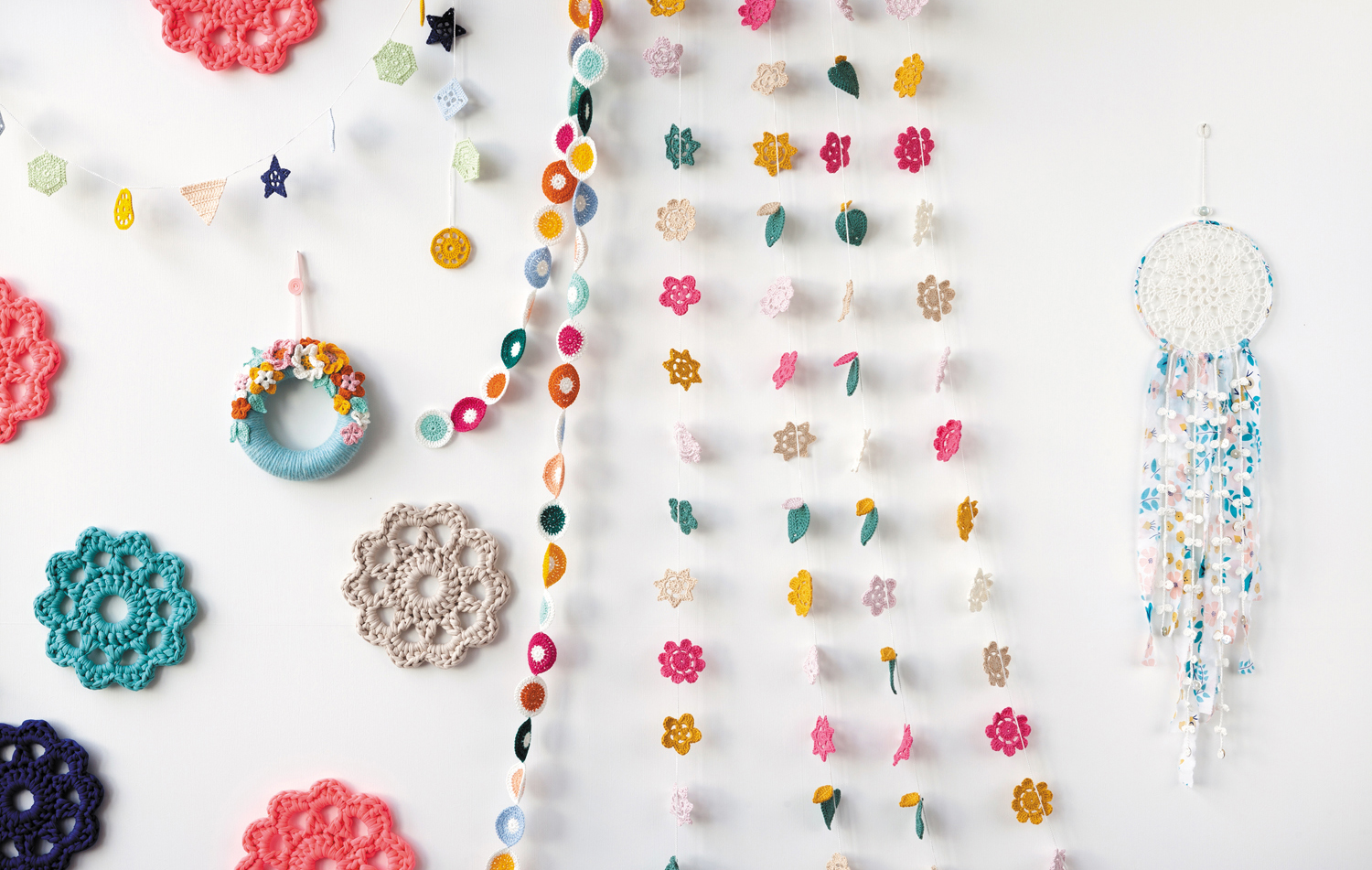Decorations from Crochet Home by Emma Lamb | Crochet designs and styling by Emma Lamb / Photography by Jason M Jenkins