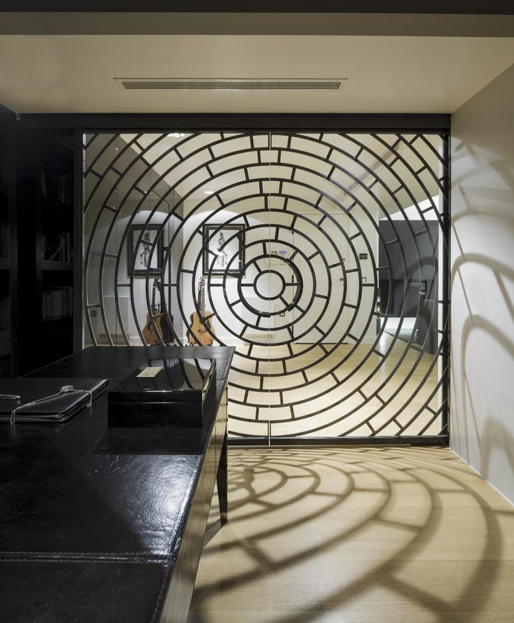 Labyrinth Vouliagmeni, Attica