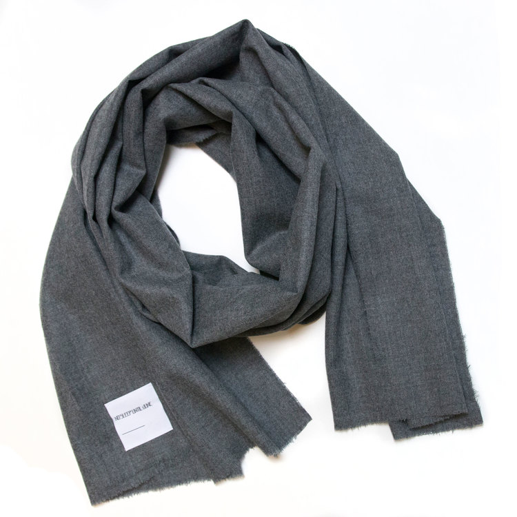 NSUJ-scarf-lightgrey_web.jpg
