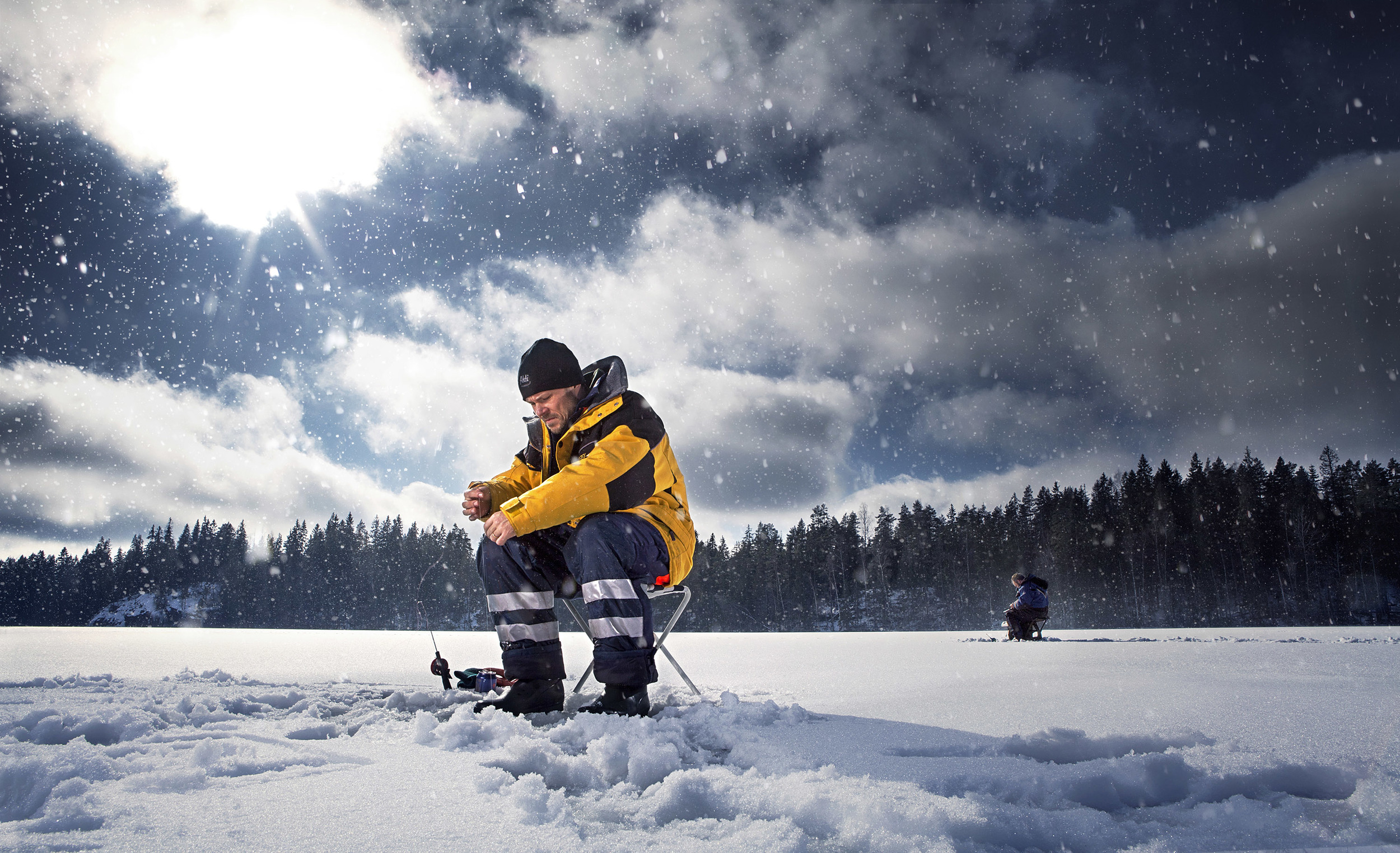 icefishing0001.jpg