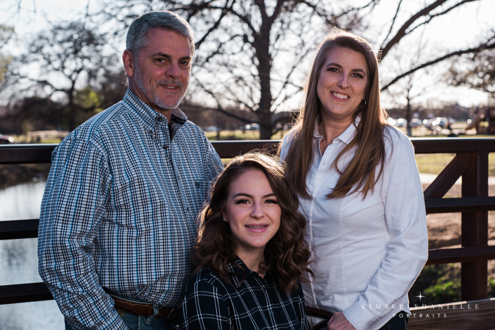 The Hensely Family looked great for their family pictures!